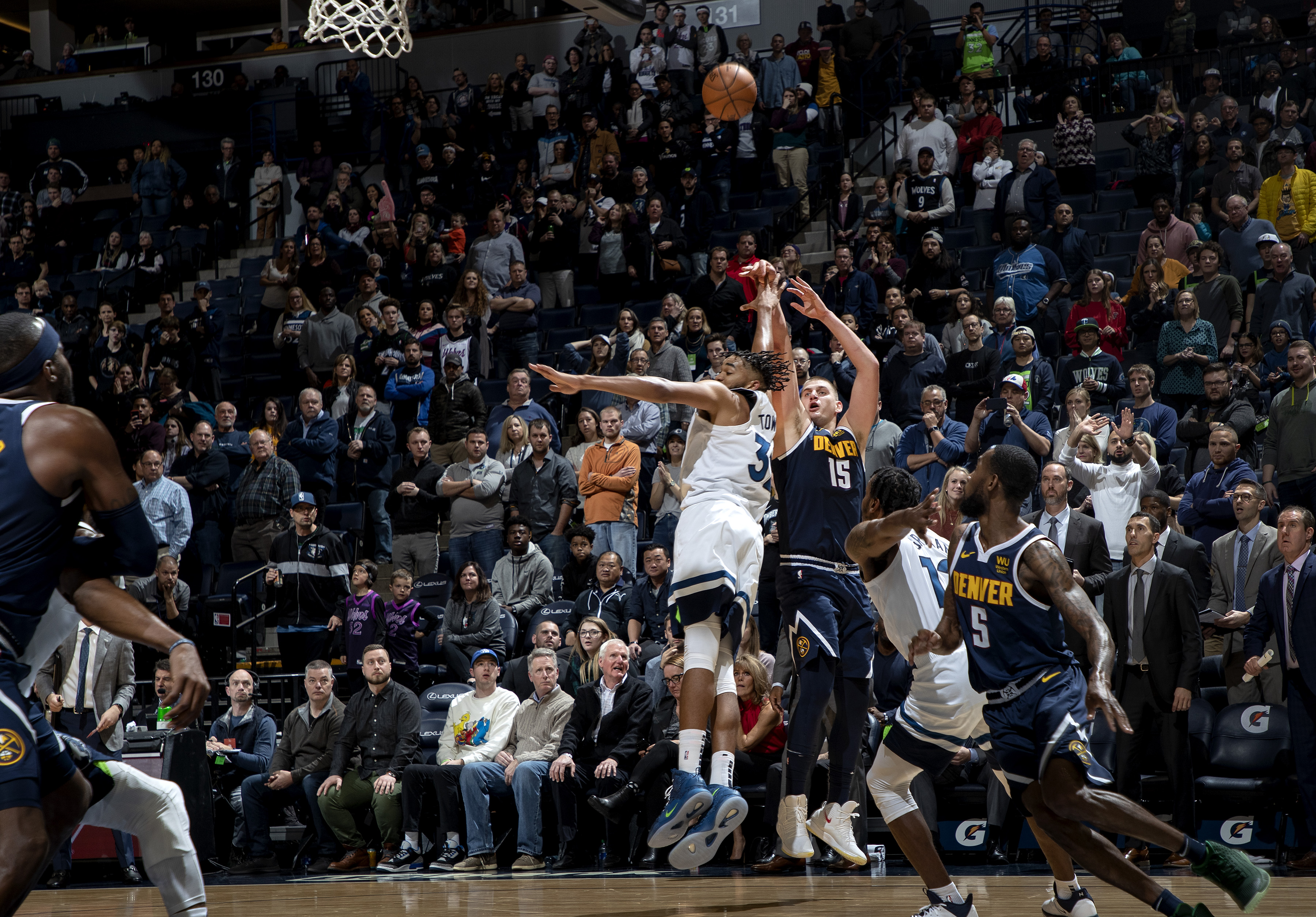 The Minnesota Timberwolves played the Denver Nuggets