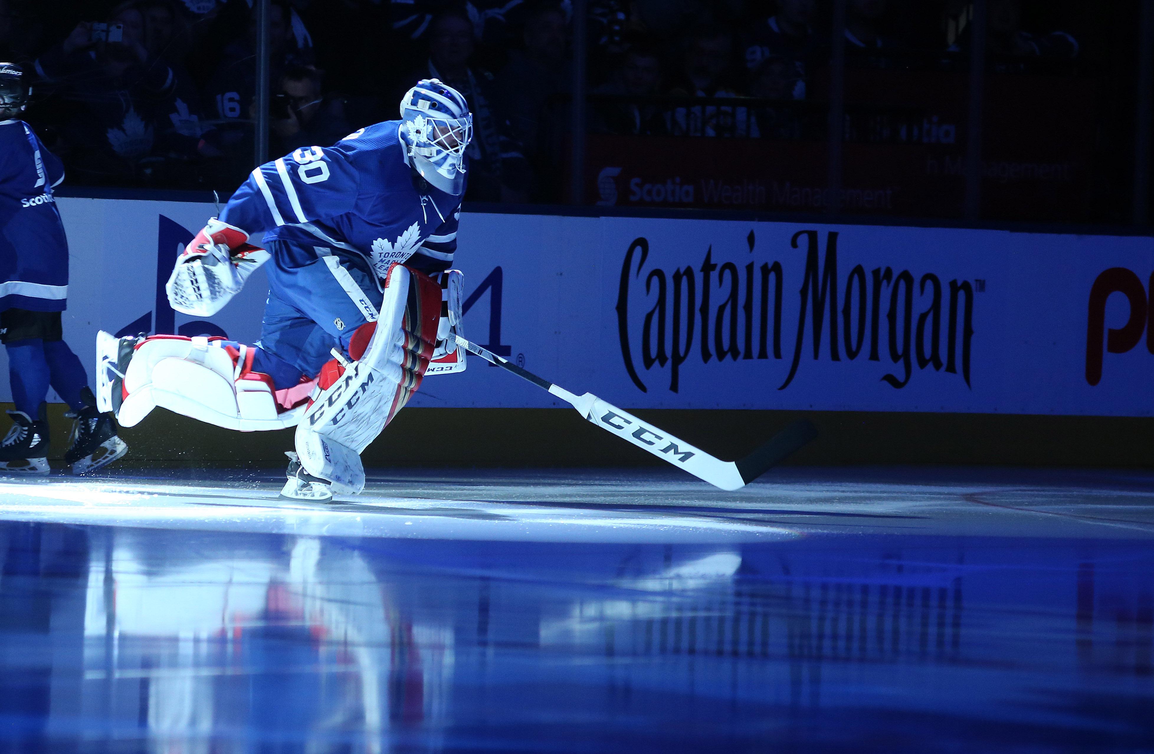 Toronto Maple Leafs fall to the Boston Bruins 3-2