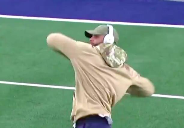 Cowboys vs. Vikings gave us the Dak Prescott Dancing meme!