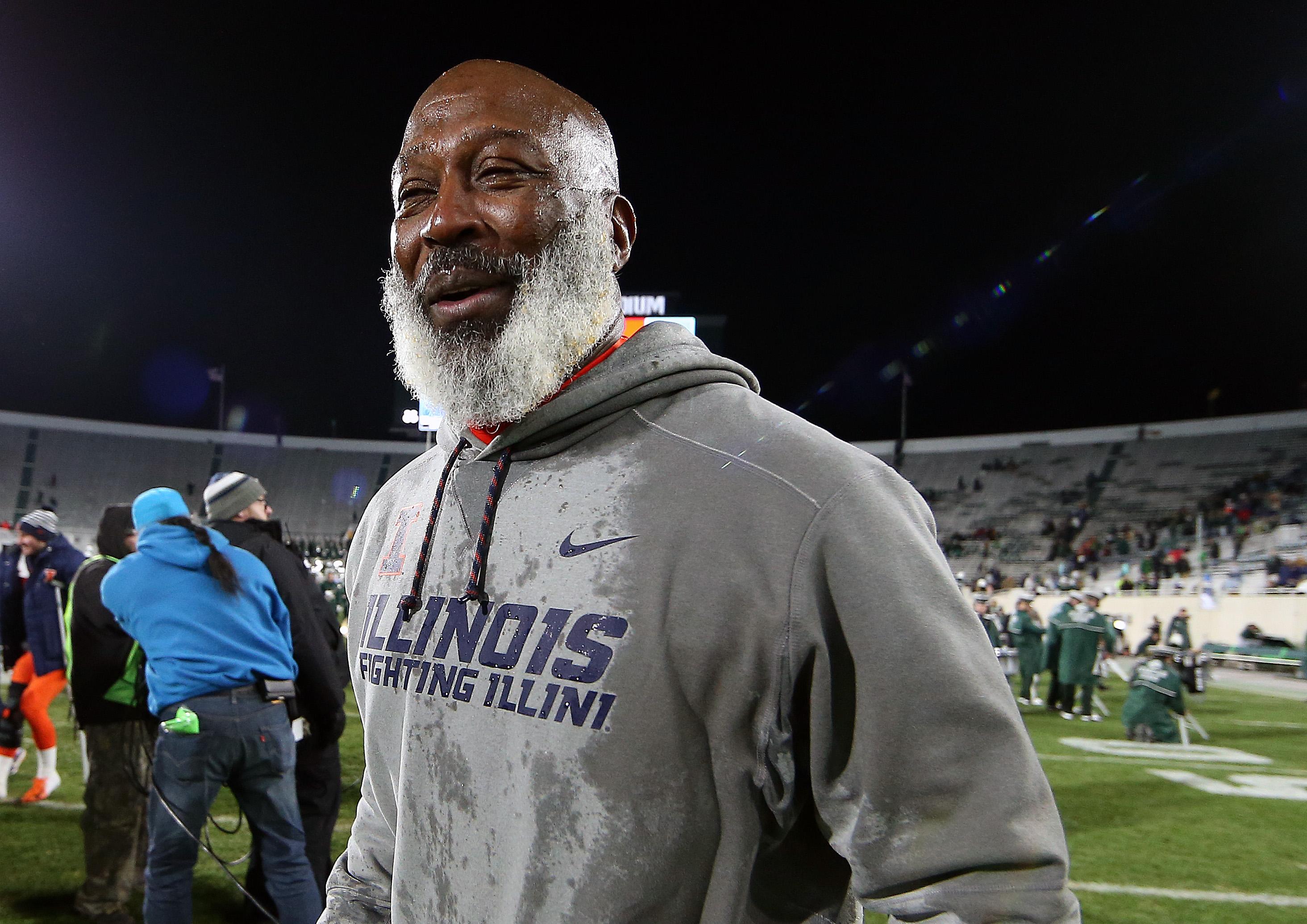 NCAA Football: Illinois at Michigan State