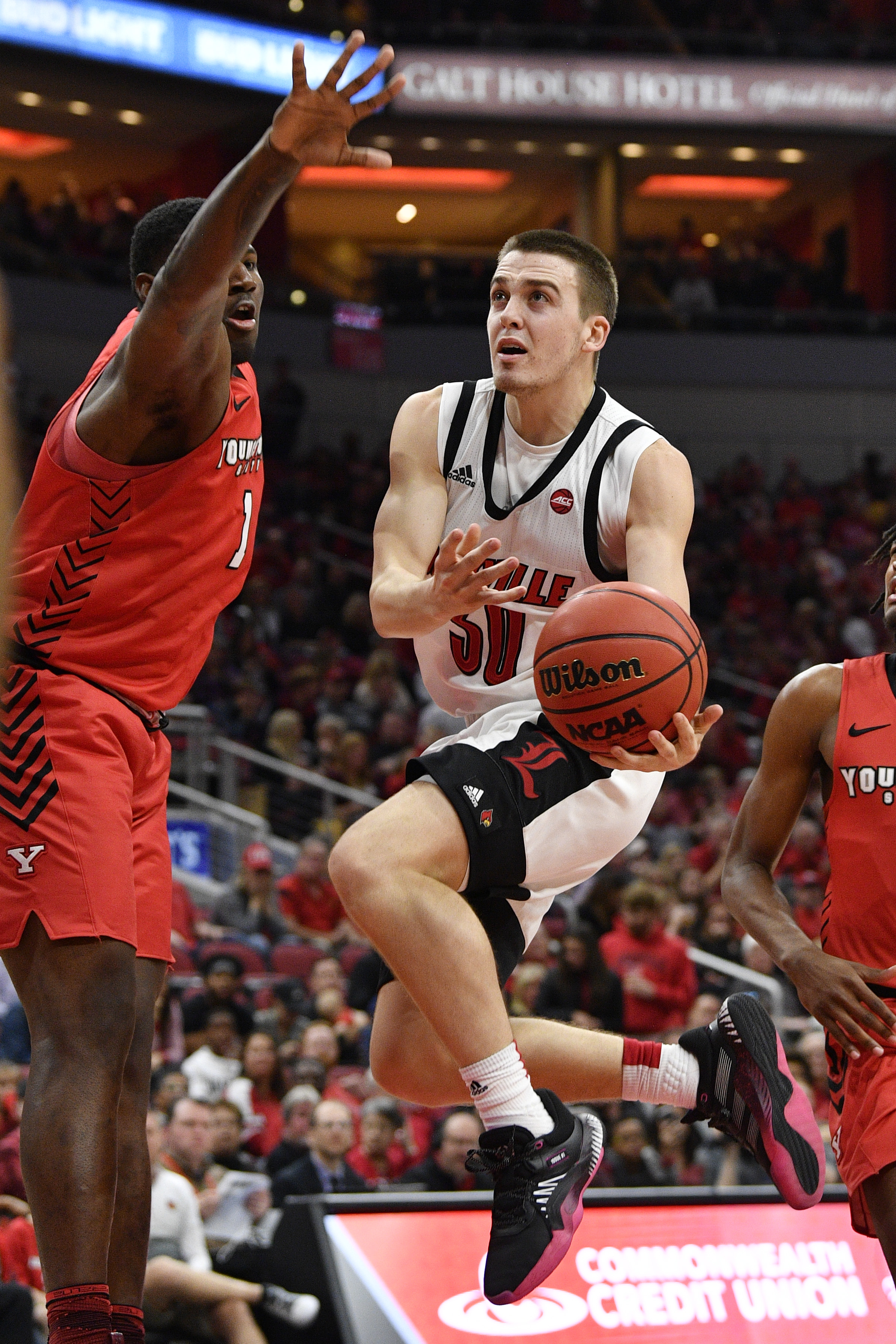 NCAA Basketball: Youngstown State at Louisville