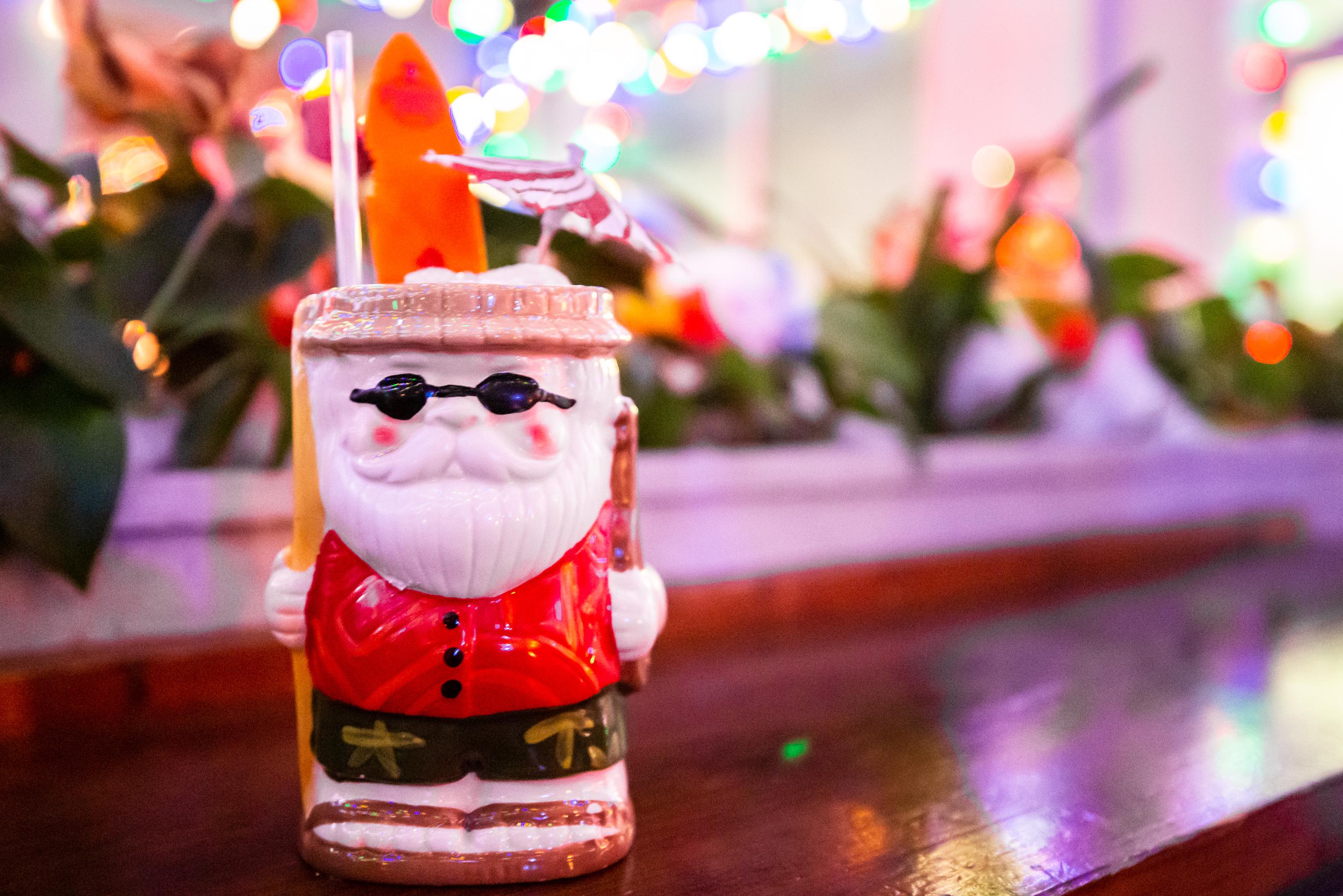 Sippin' Santa at Bon Ton