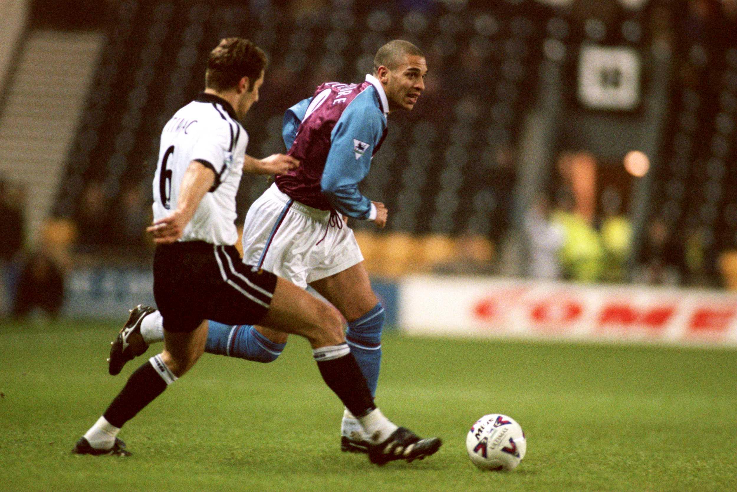 Soccer - FA Carling Premiership - Derby County v Aston Villa
