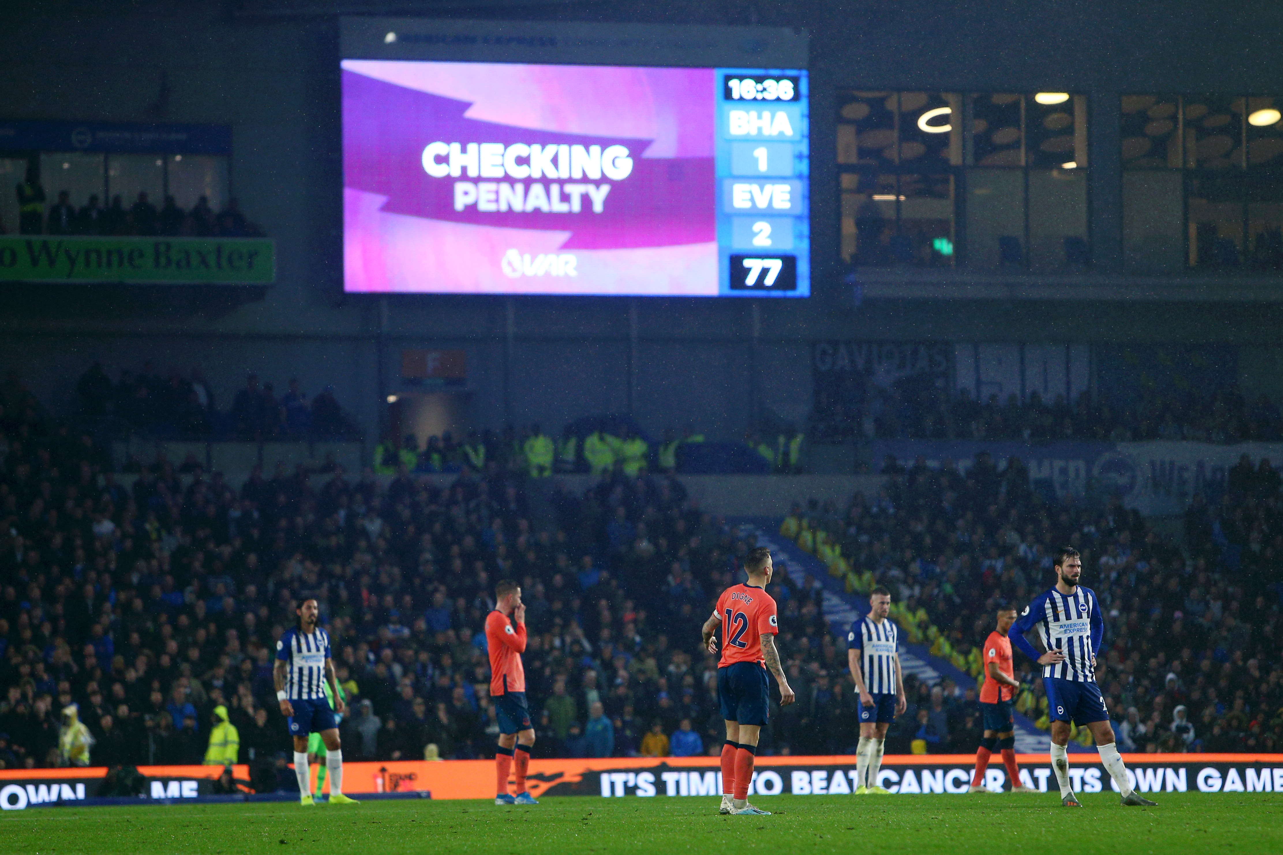 Everton write to Premier League to express VAR concern