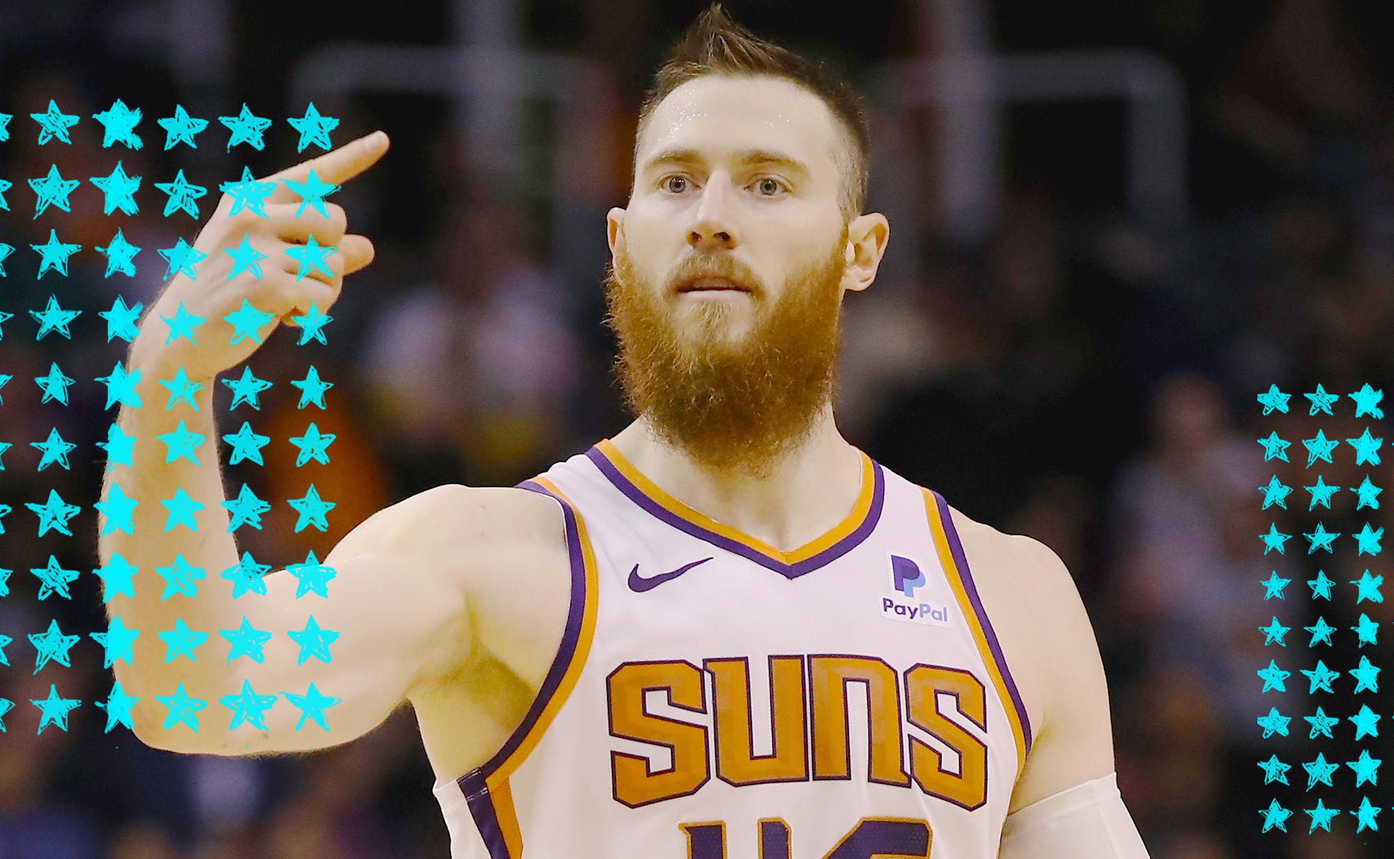 Aron Baynes celebrates for the Suns.