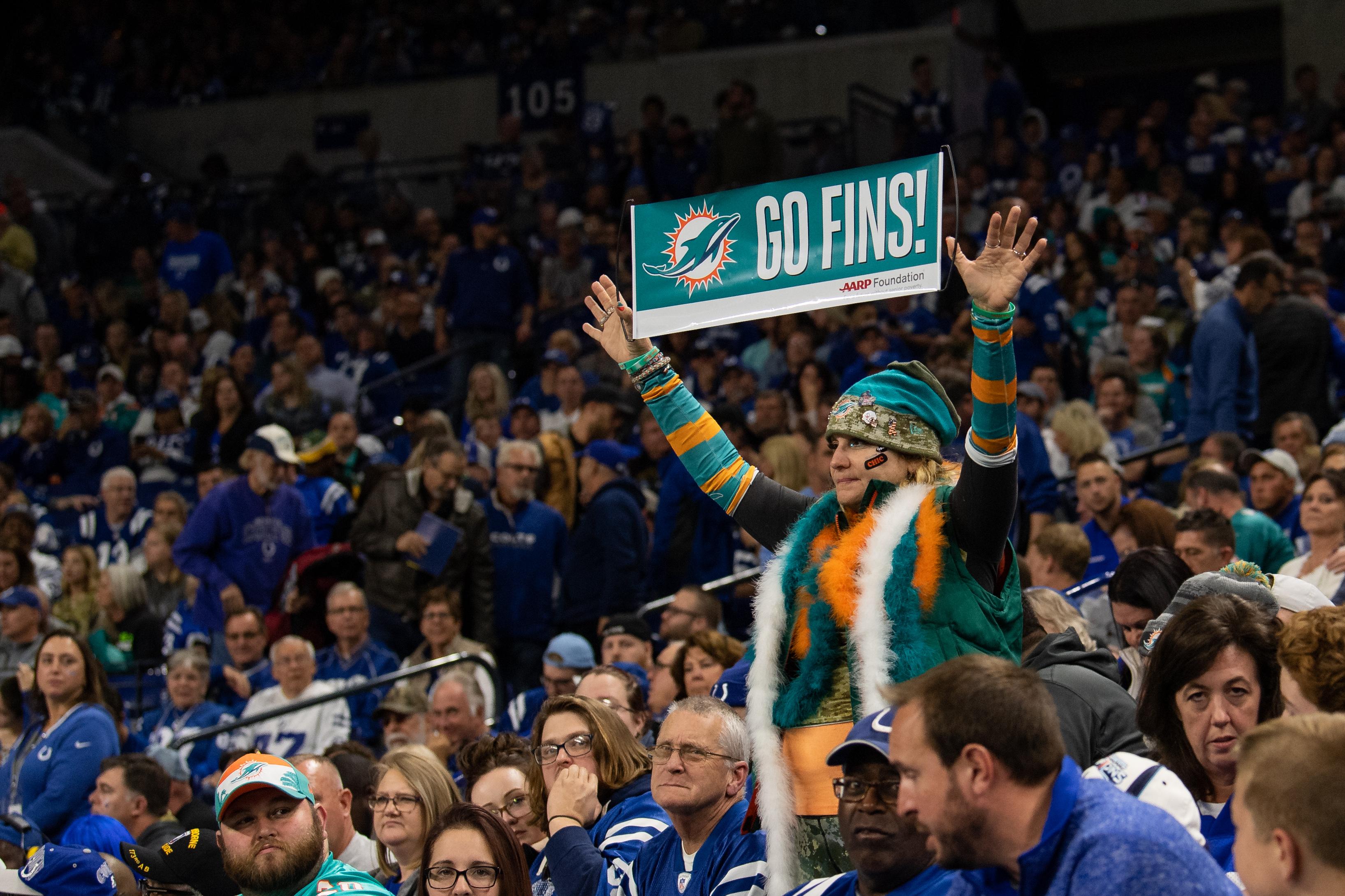 NFL: NOV 10 Dolphins at Colts