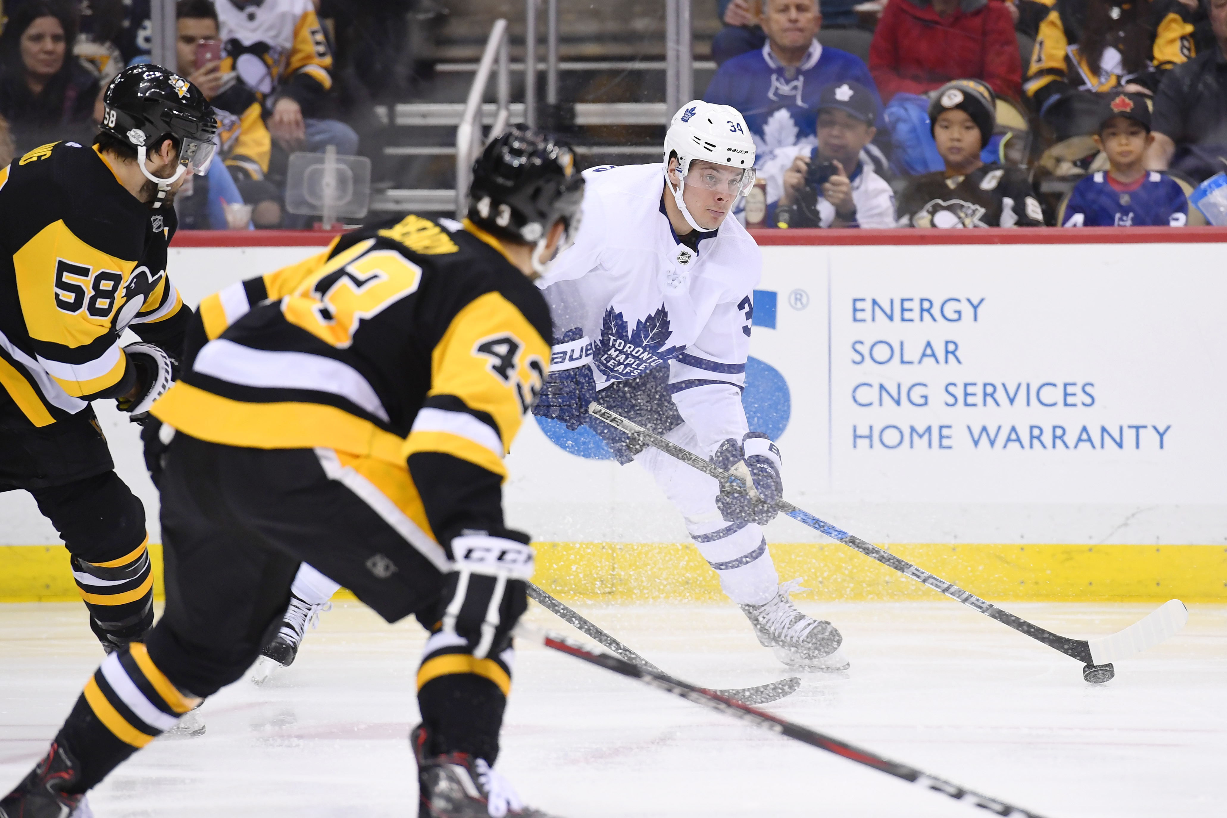 NHL: FEB 17 Maple Leafs at Penguins