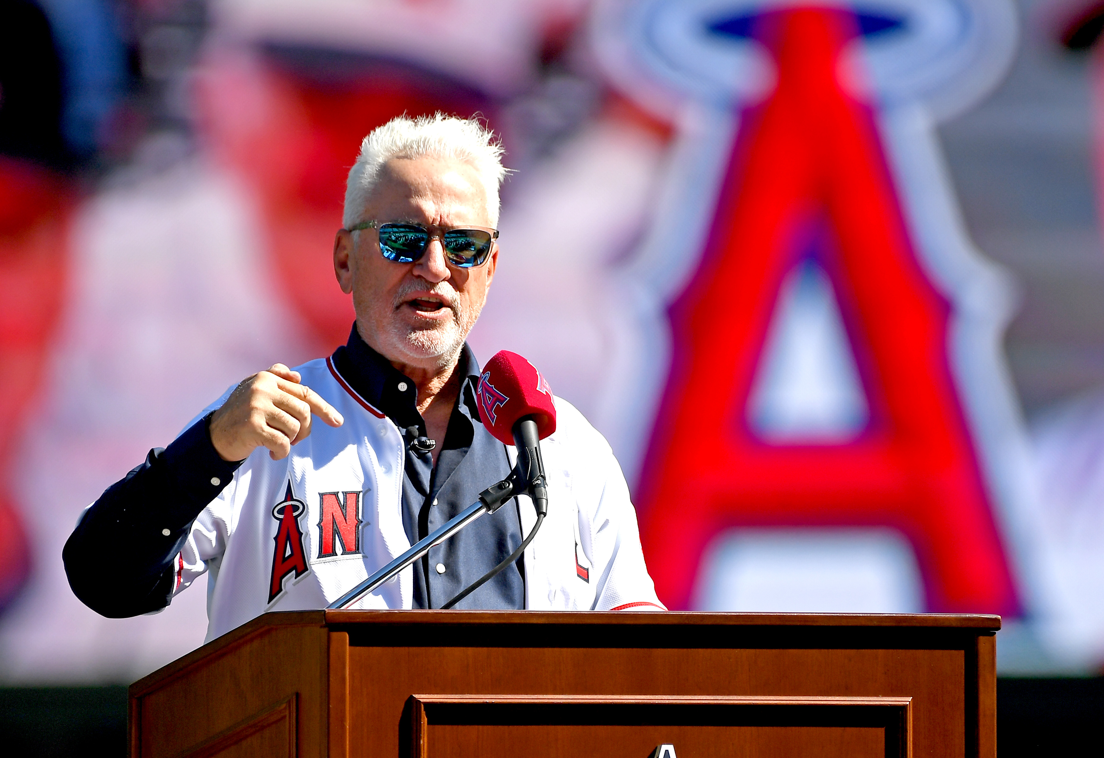 Los Angeles Angels Introduce Joe Maddon - News Conference