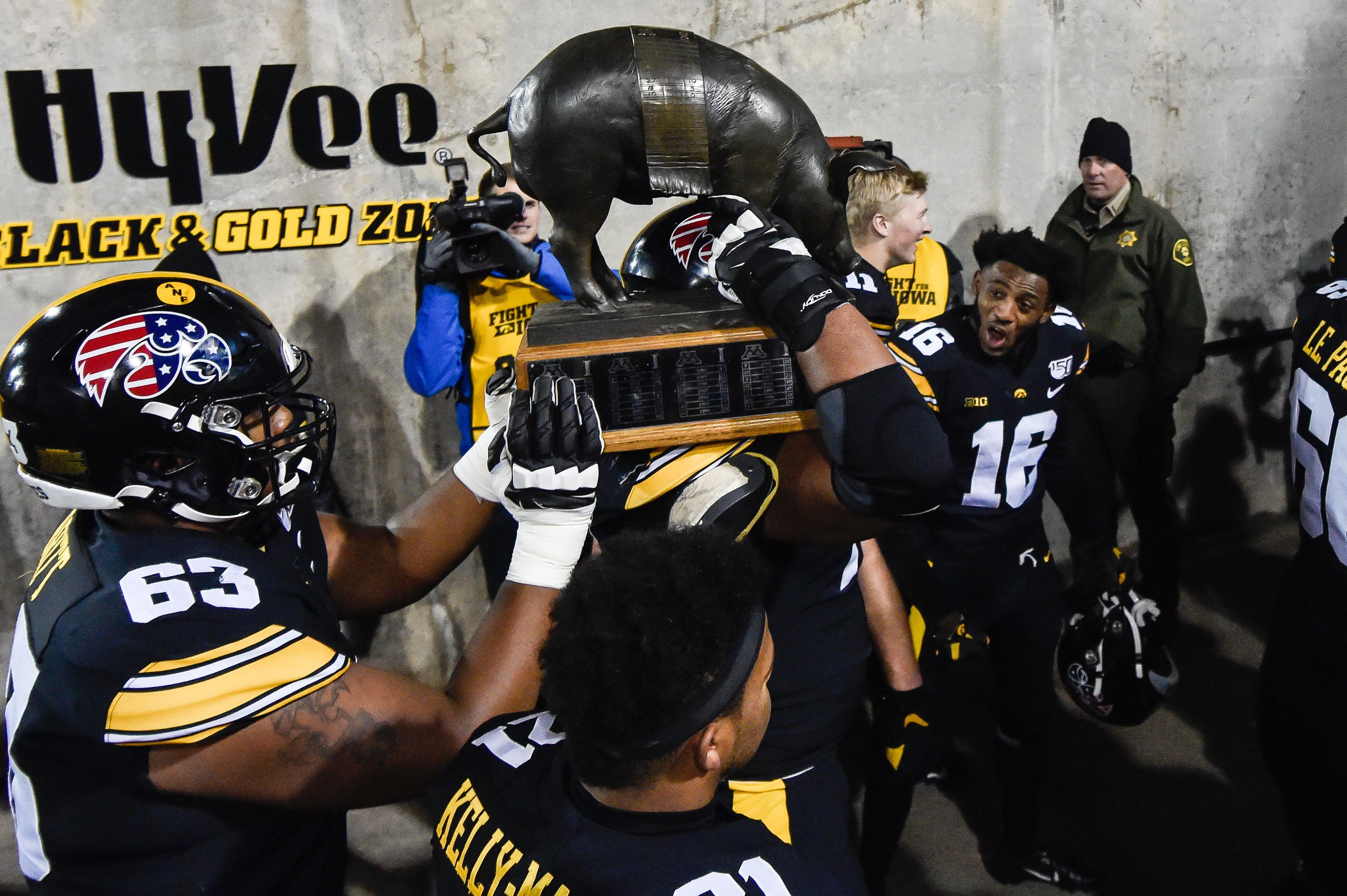 NCAA Football: Minnesota at Iowa