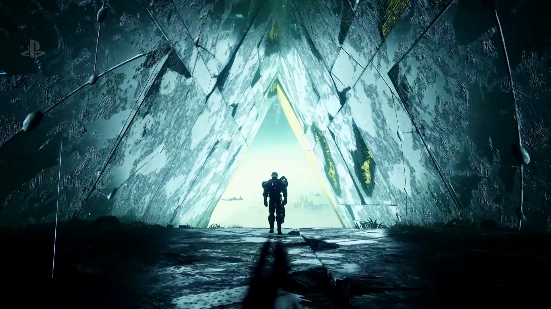 Destiny 2: Curse of Osiris - Titan entering triangular passage