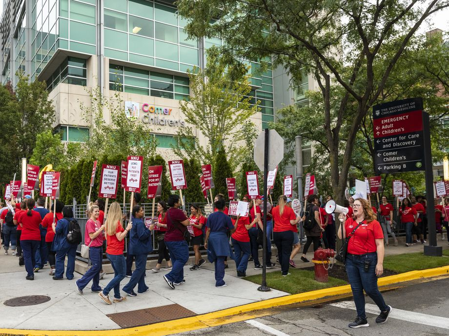 More than 2,000 nurses at the University of Chicago Medical Center, represented by National Nurses United, strike outside the South Side hospital, Friday morning, Sept. 20, 2019.