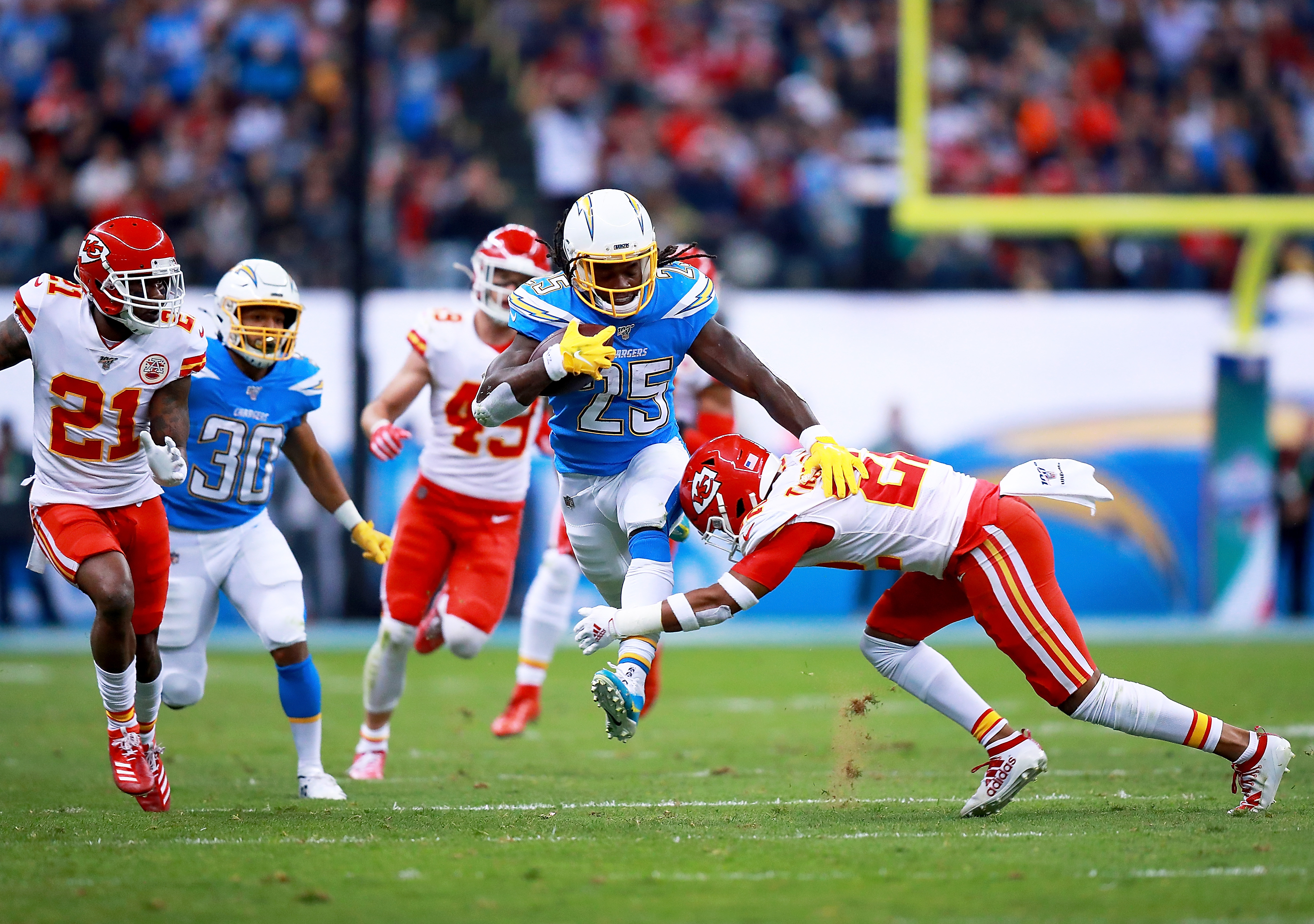 The NFL's Chargers-Chiefs game in Mexico City has a turf problem, again