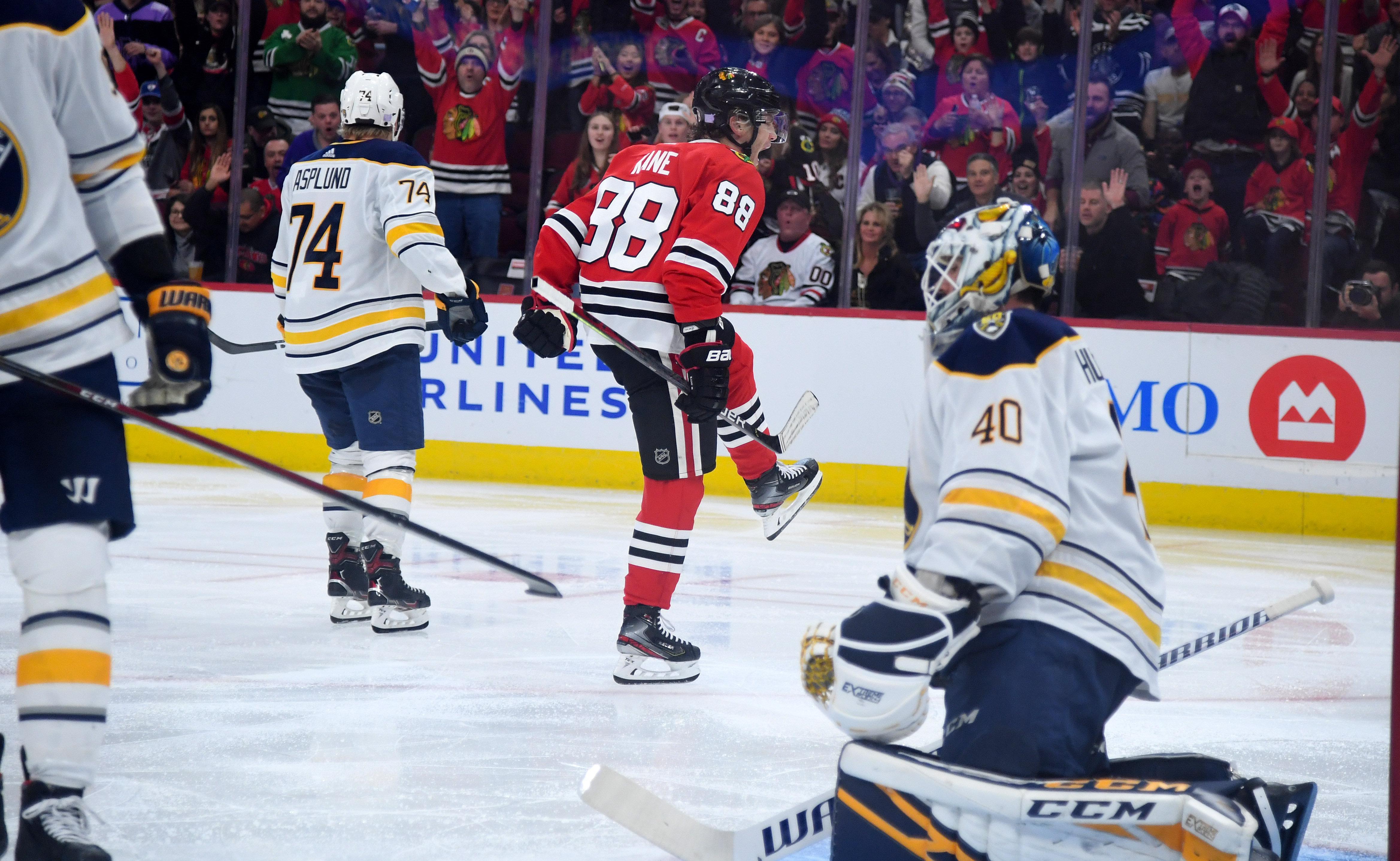 NHL: Buffalo Sabres at Chicago Blackhawks