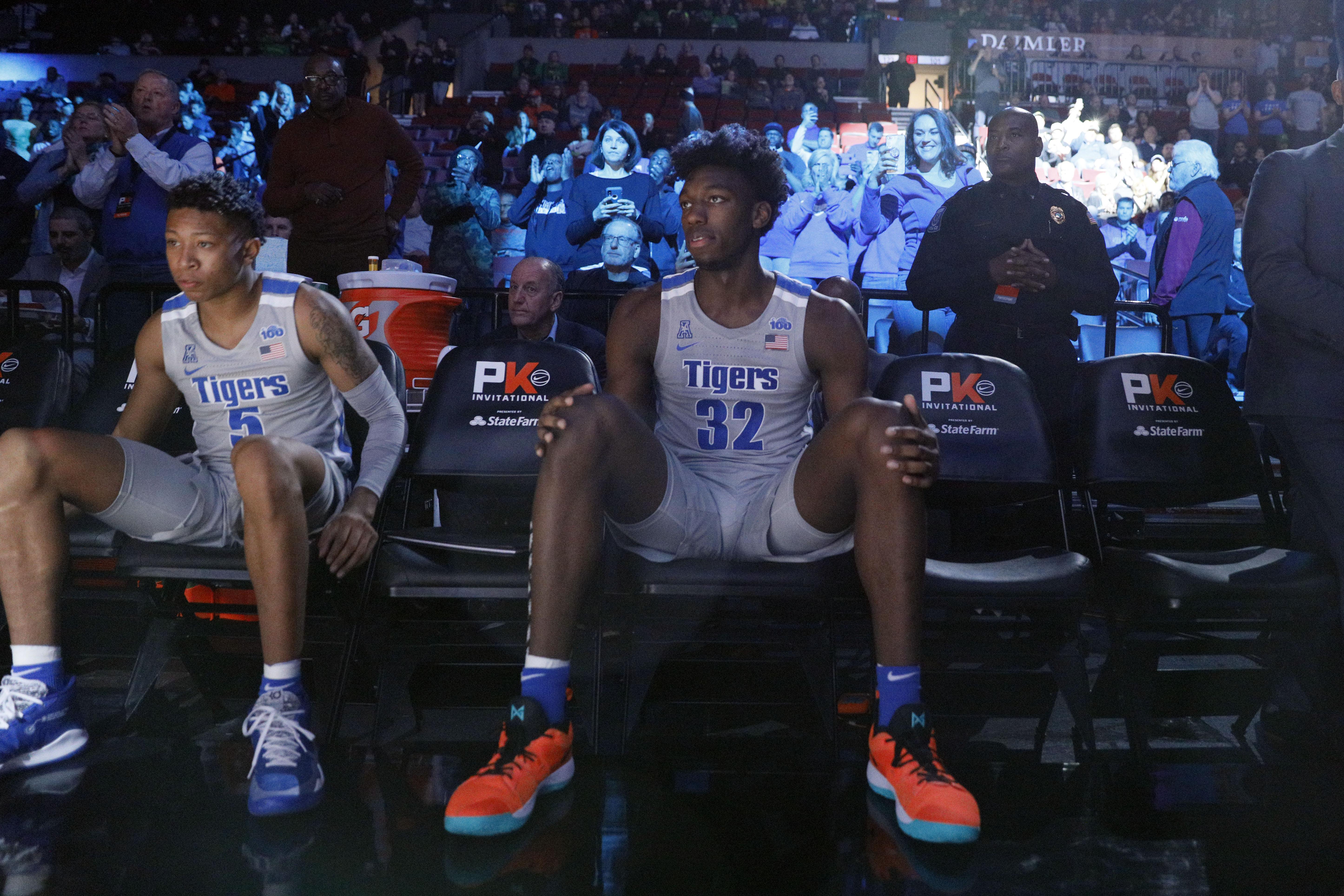 NCAA Basketball: Memphis at Oregon
