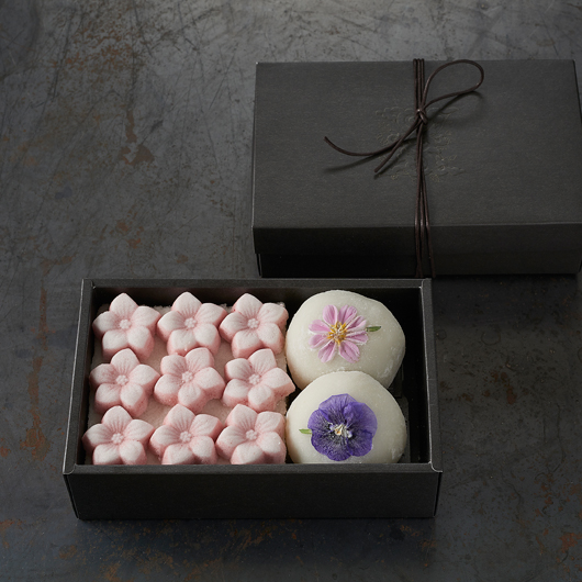Sweet rice cakes in a box