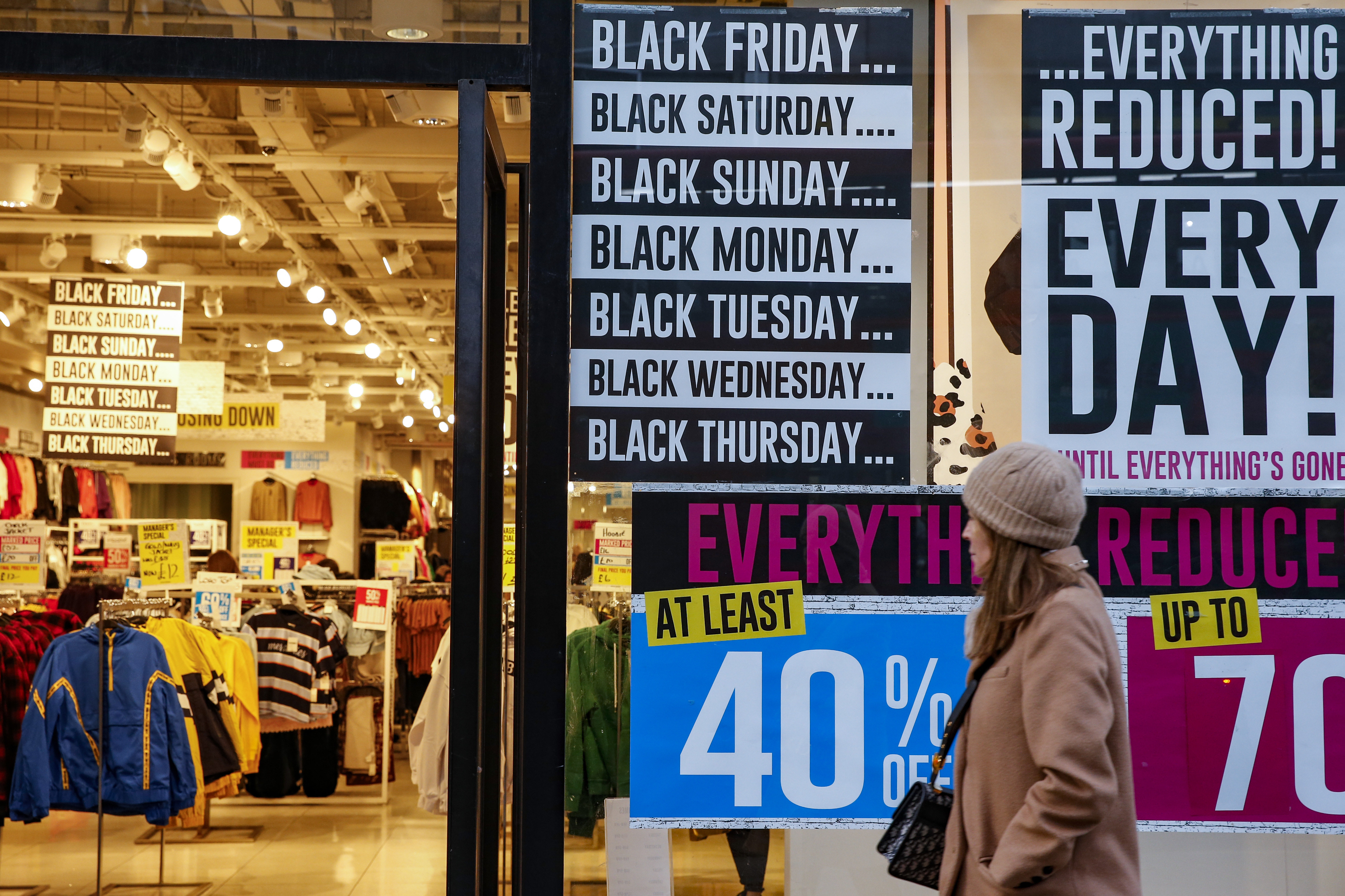 London Stores Advertise Their Black Friday Events