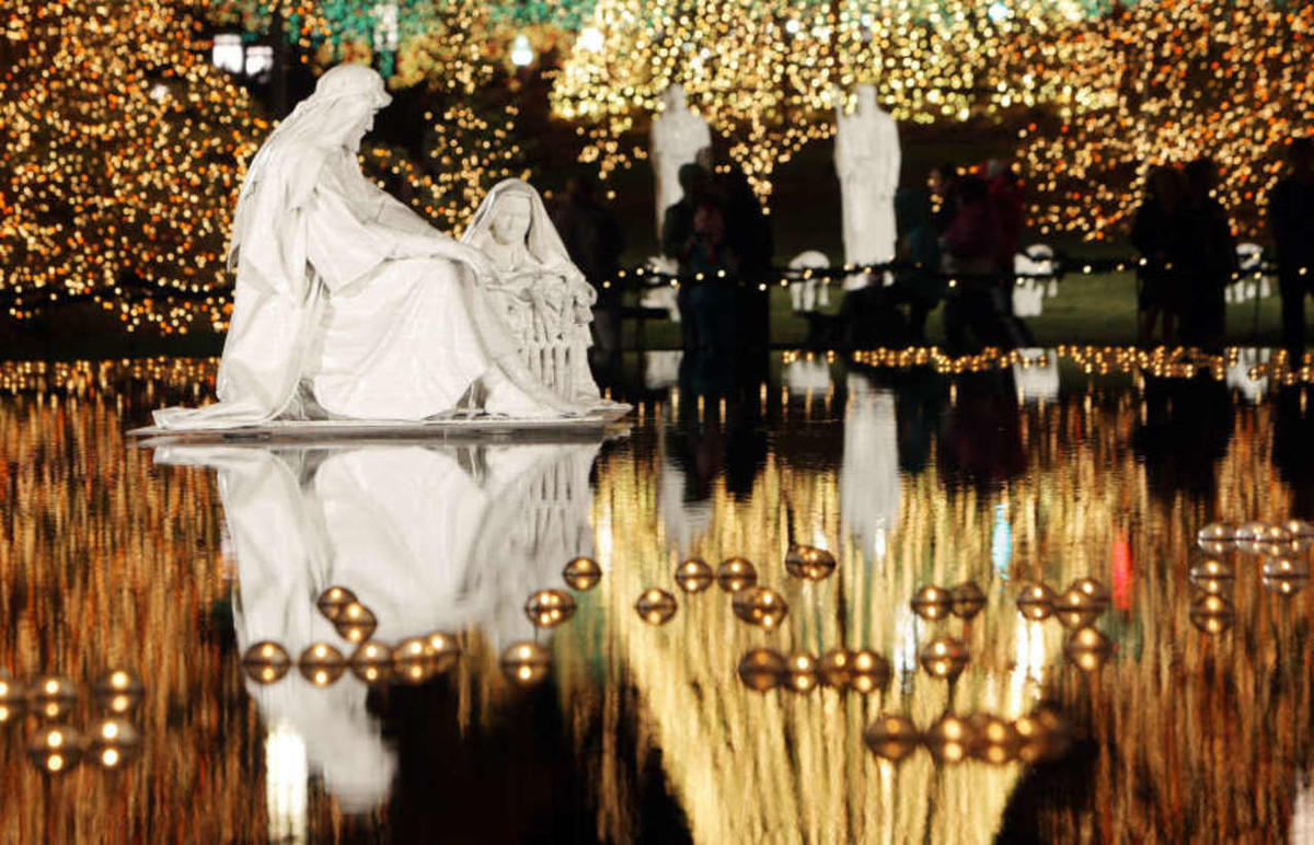 Christmas lights at Temple Square in 2012.