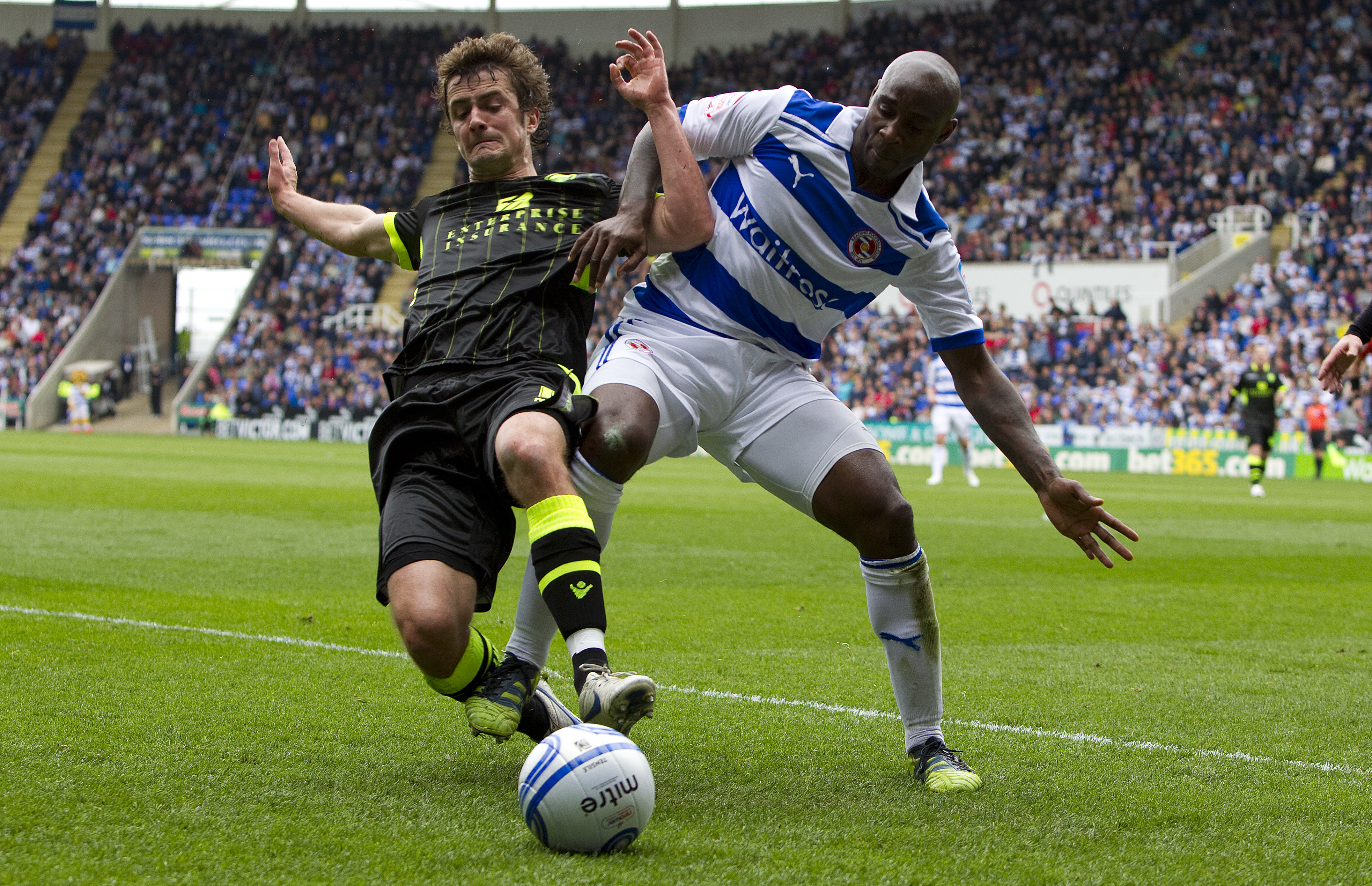 Reading v Leeds United - npower Championship