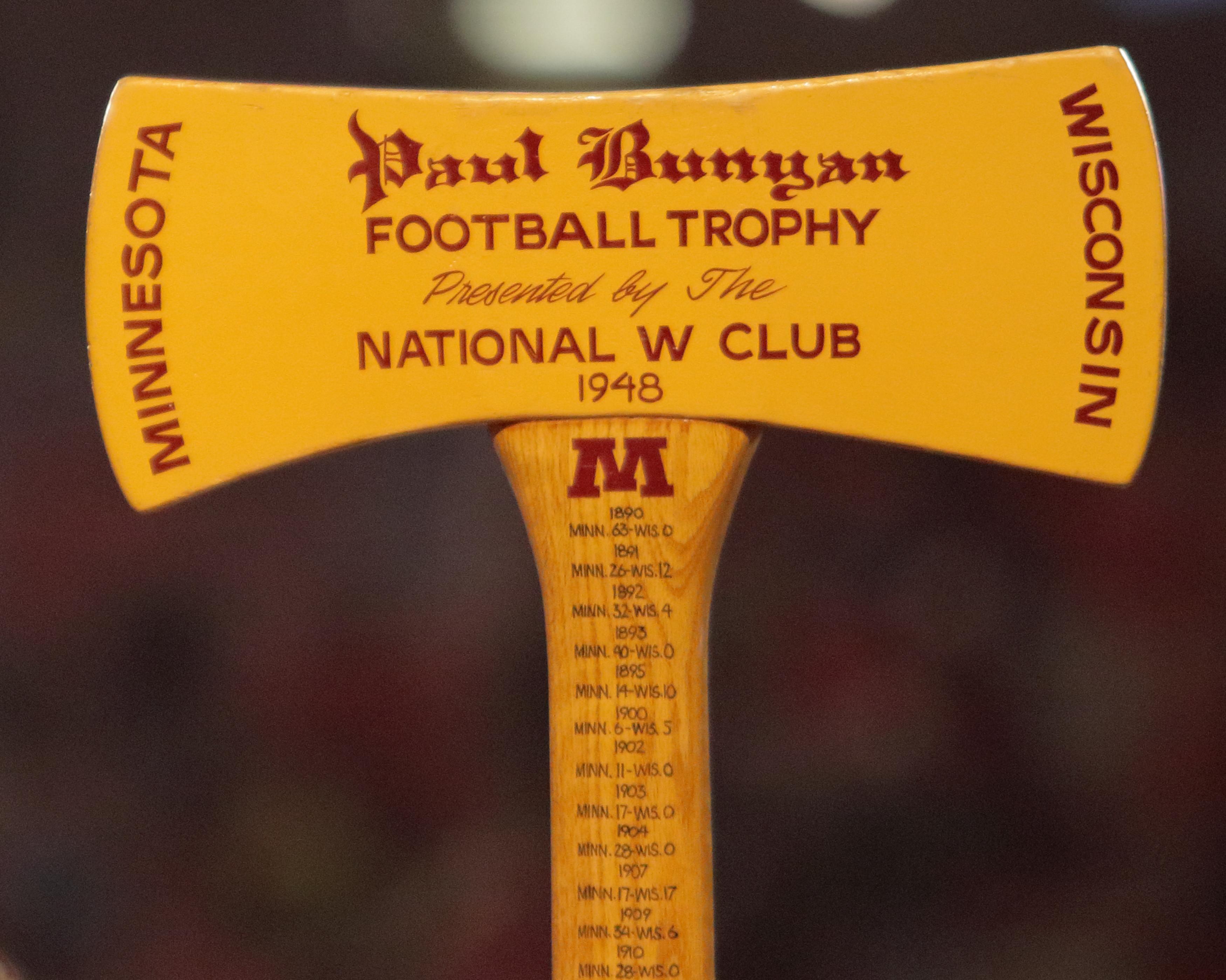 NCAA FOOTBALL: NOV 26 Minnesota at Wisconsin