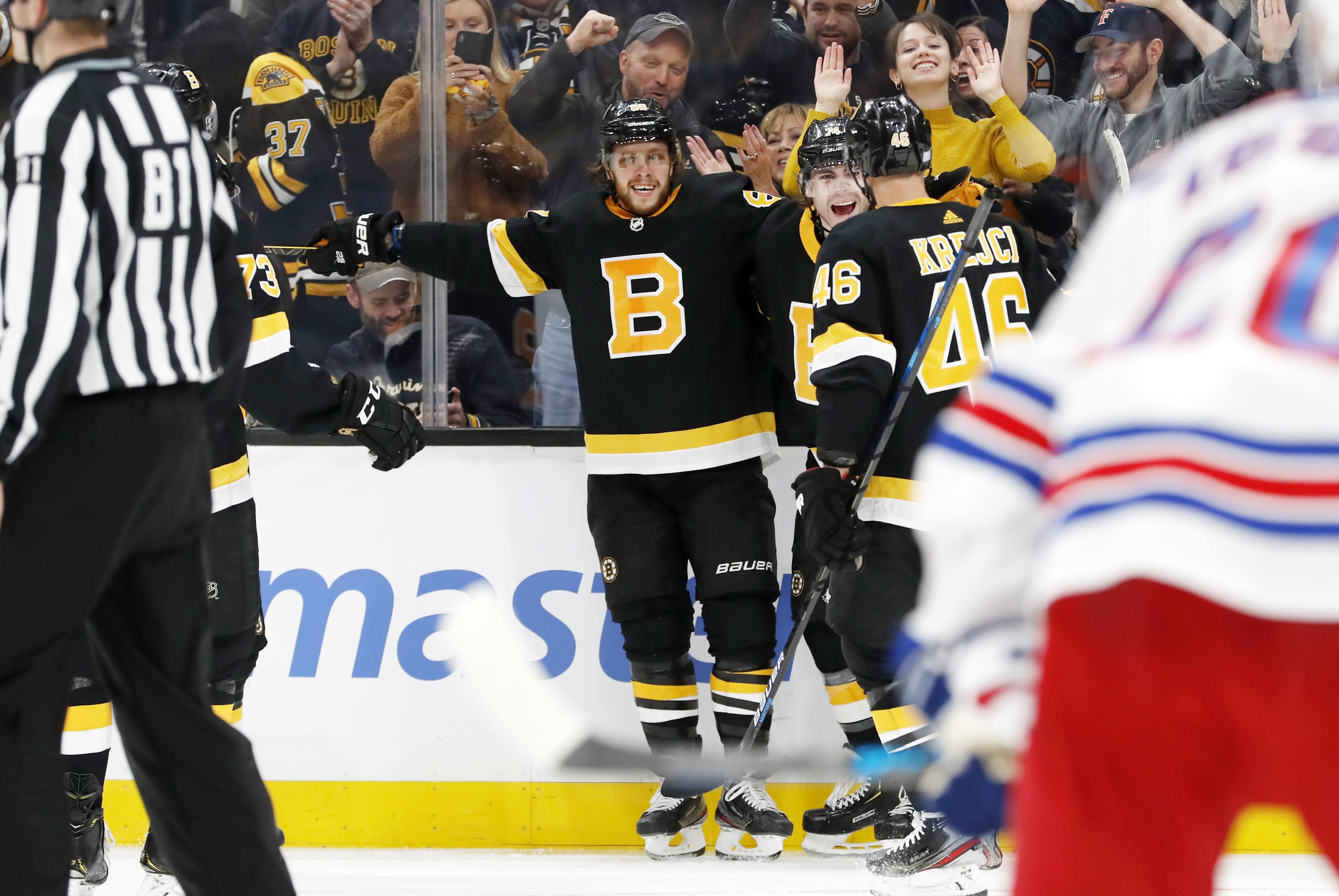 David Pastrňák celebrates being really good at hockey