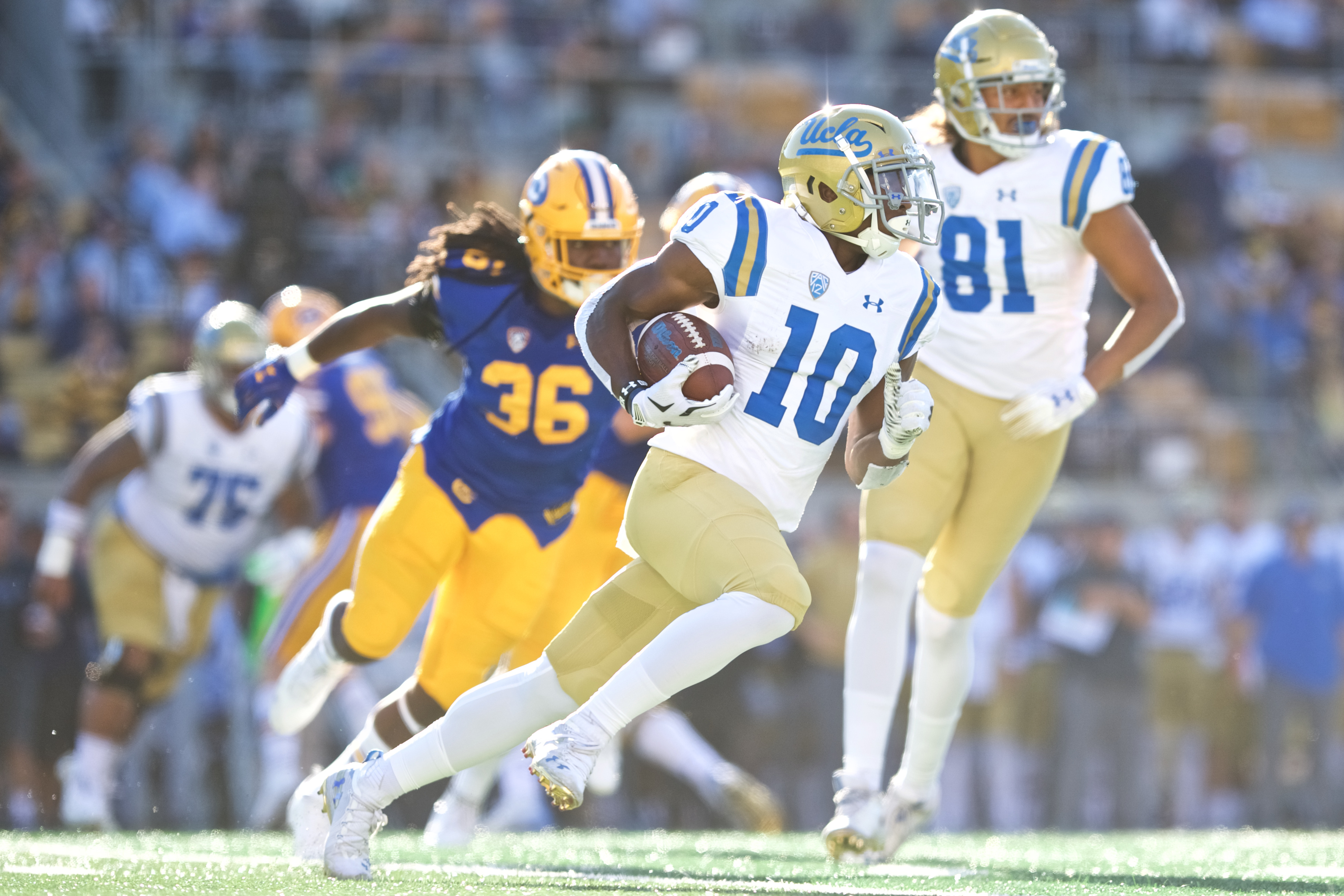 COLLEGE FOOTBALL: OCT 13 UCLA at Cal