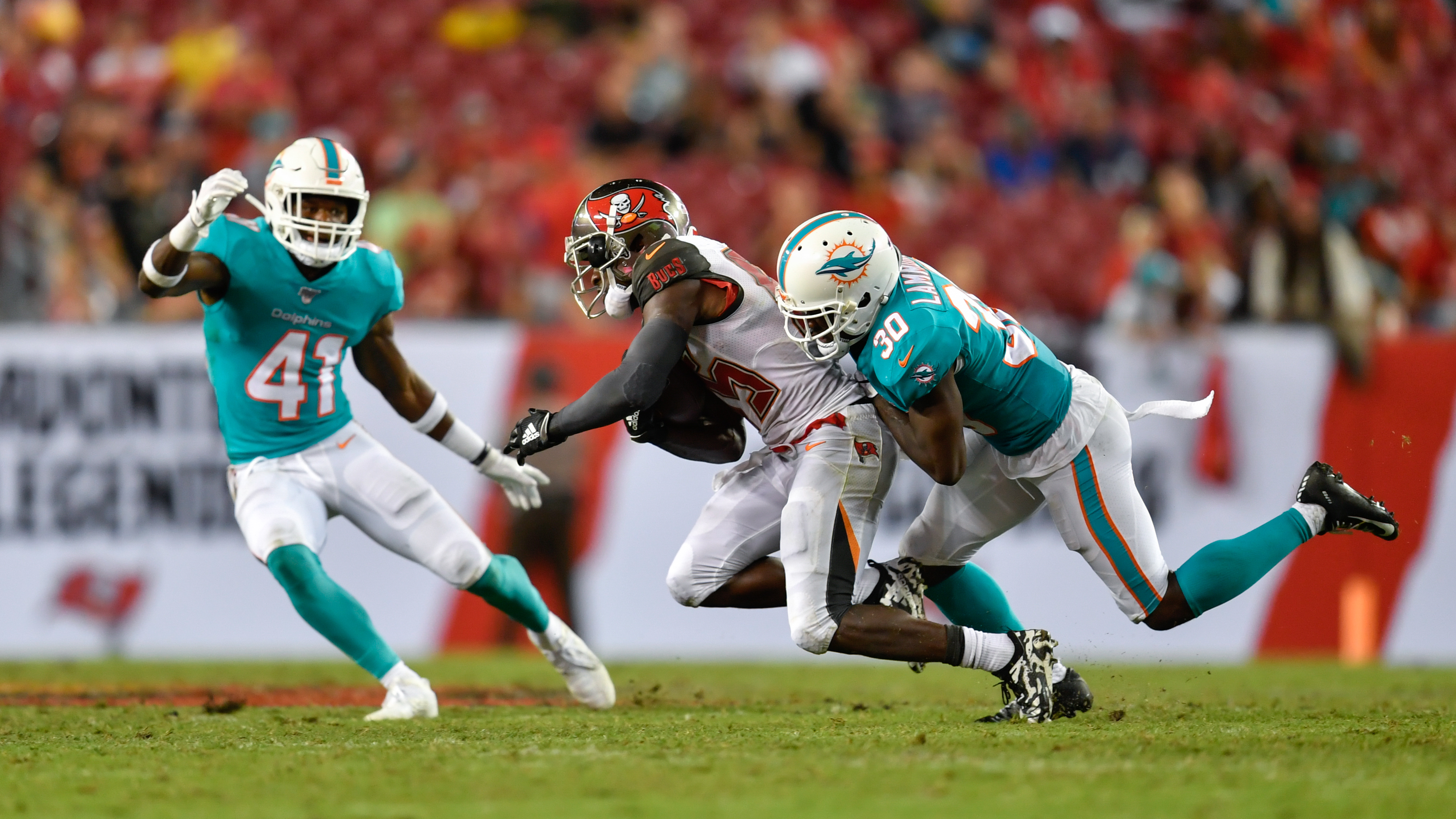 NFL: AUG 16 Preseason - Dolphins at Buccaneers