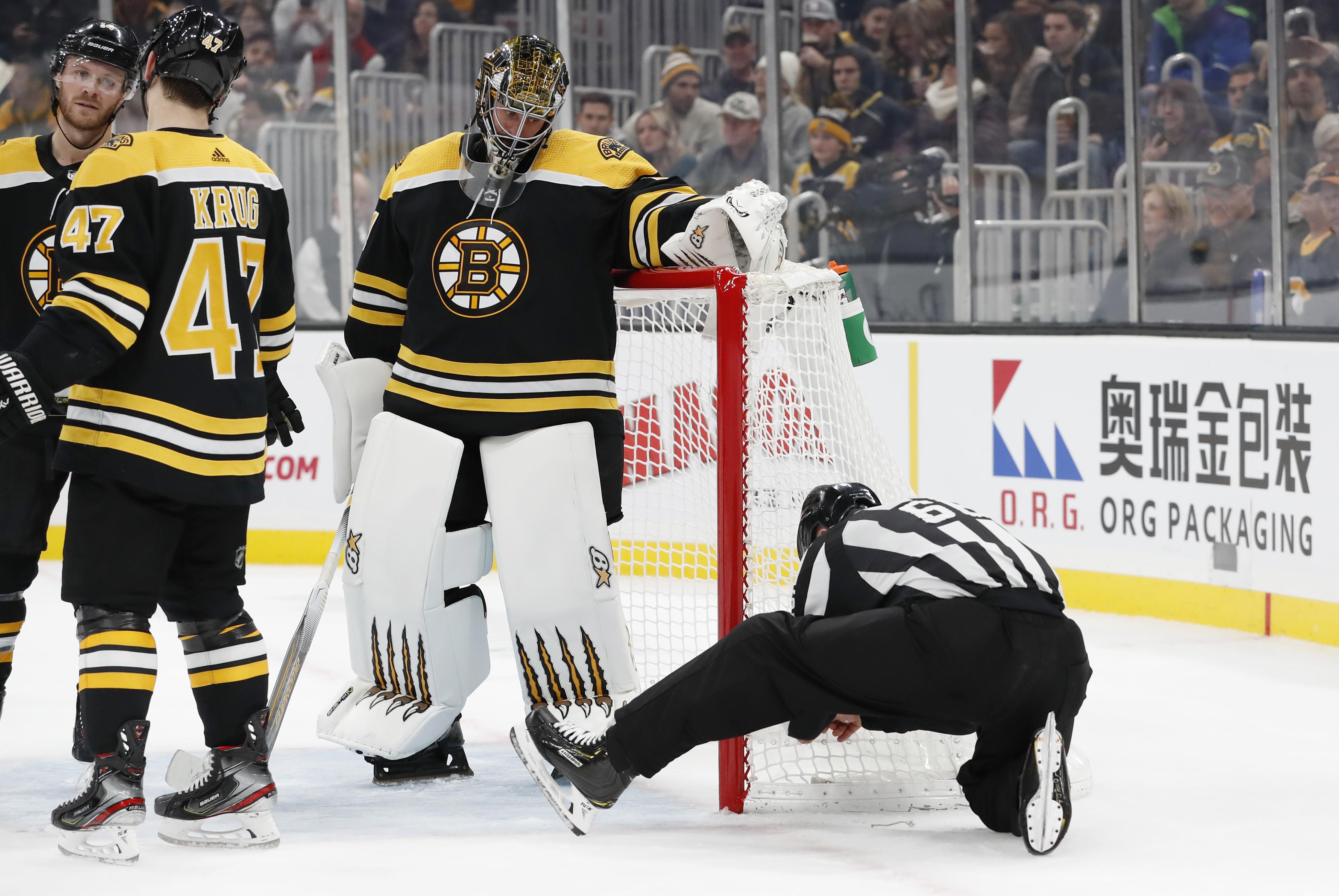 NHL: DEC 03 Hurricanes at Bruins