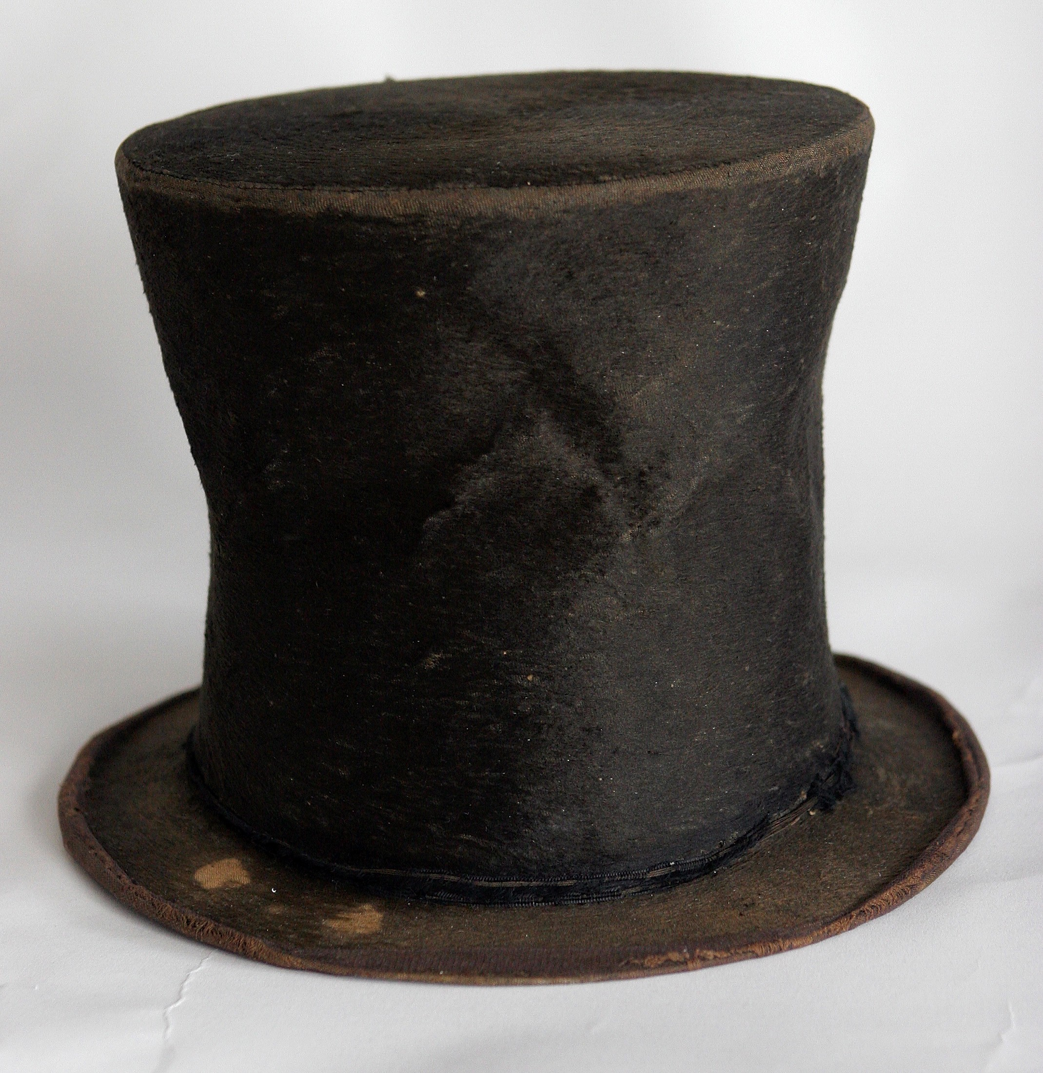 Abraham Lincoln's purported iconic stovepipe hat pictured in 2007.