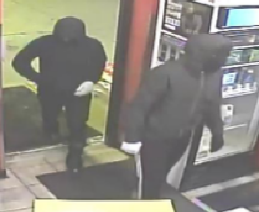 Men robbed a gas station in Niles.