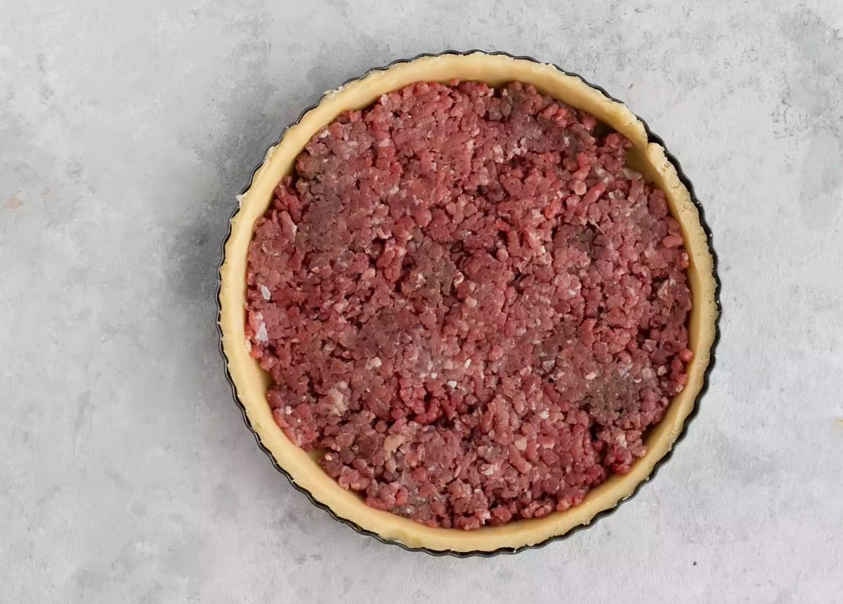 Mince, not mincemeat, in a pastry case
