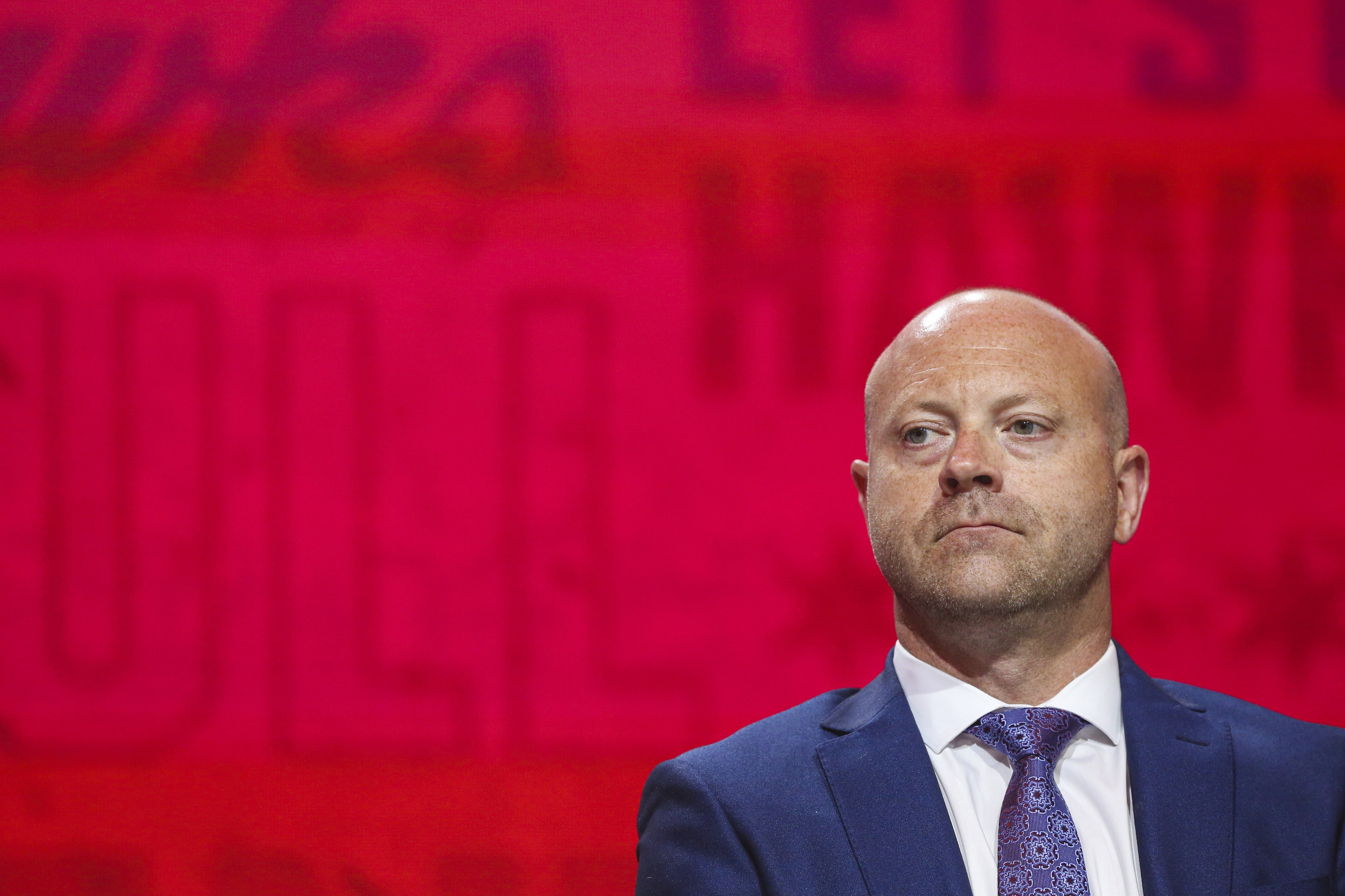 Blackhawks general manager Stan Bowman must decide again about the long-term course of the franchise soon.