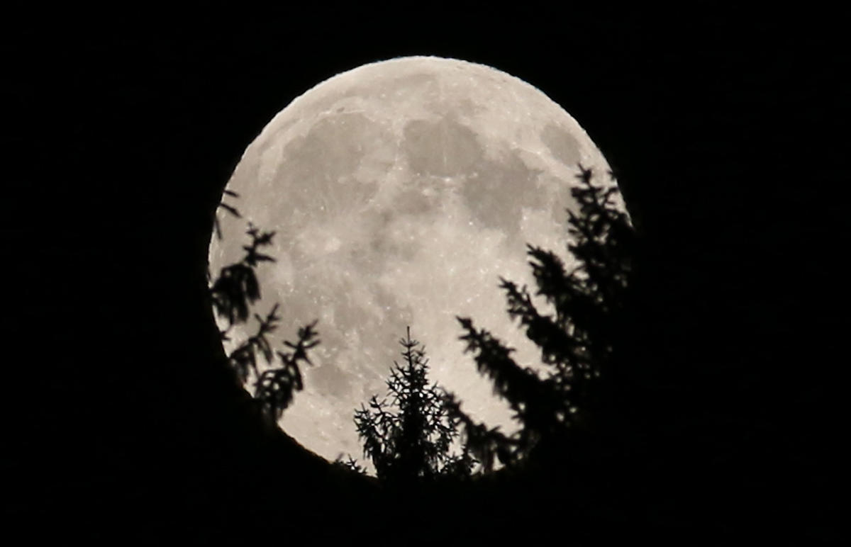 The final full moon of the 2010s will happen on Dec. 12 at 12:12 a.m. eastern time, per the Farmer's Almanac.