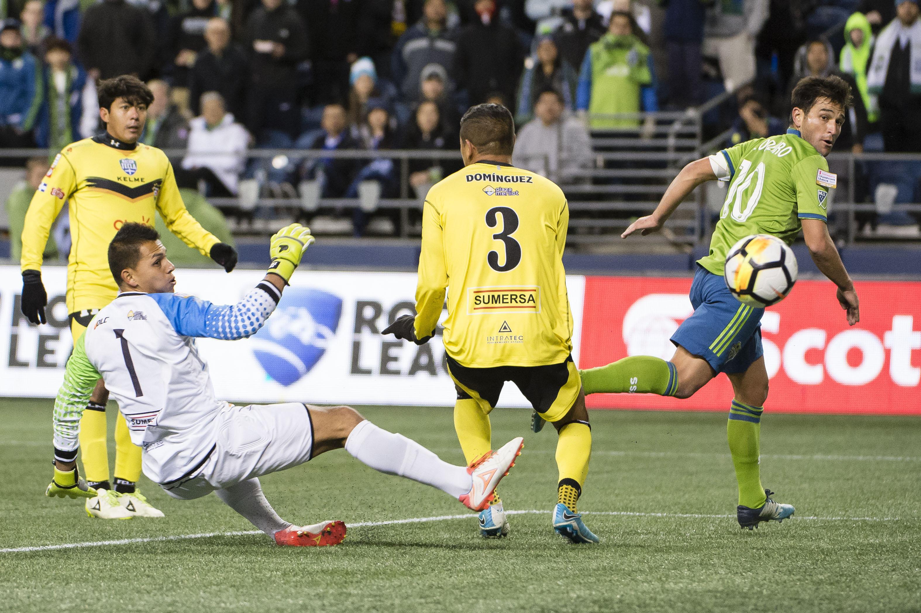 MLS:北美冠军联赛,圣诞老人Tecla FC在西雅图海湾FC