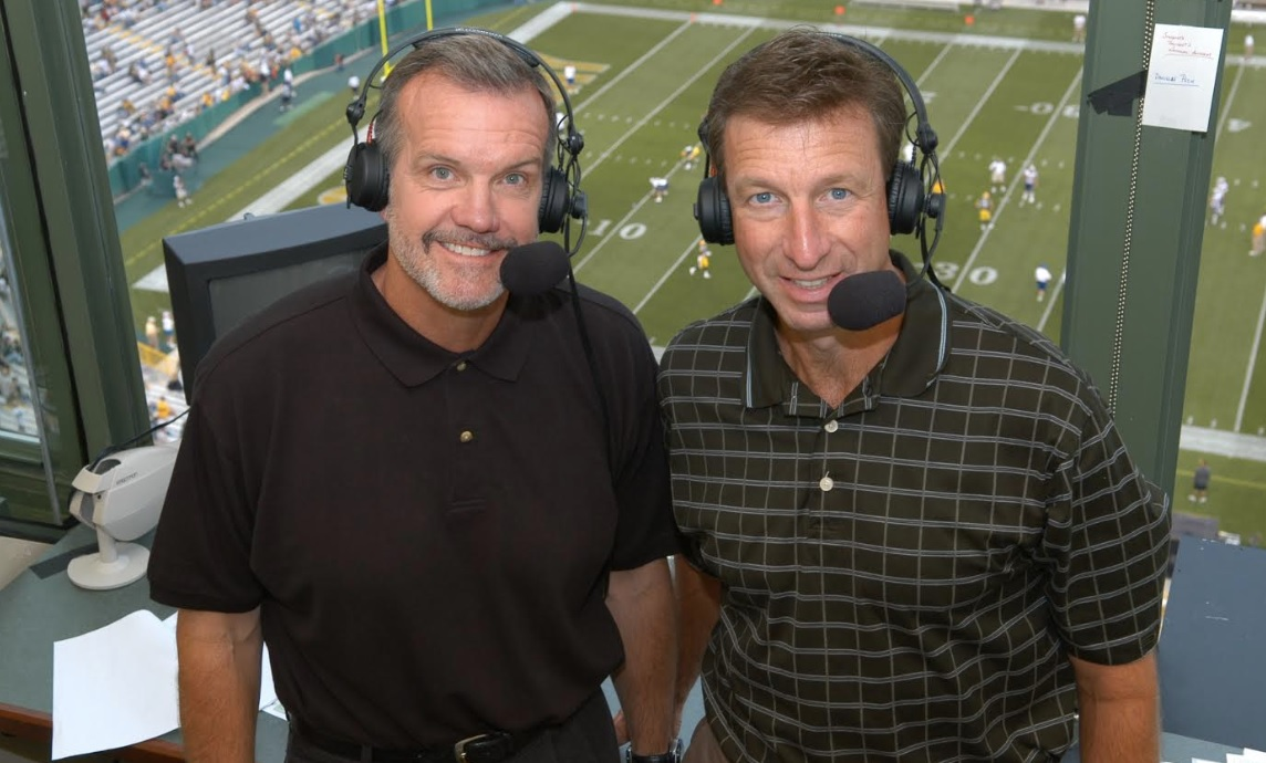 Wayne Larrivee (right) and analyst Larry McCarren are in their 21st year in the Packers' radio booth. Larrivee called Bears games from 1985 to 1998.