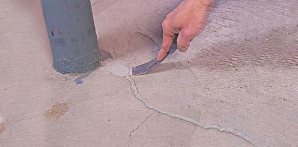 Fixing Crack in Concrete