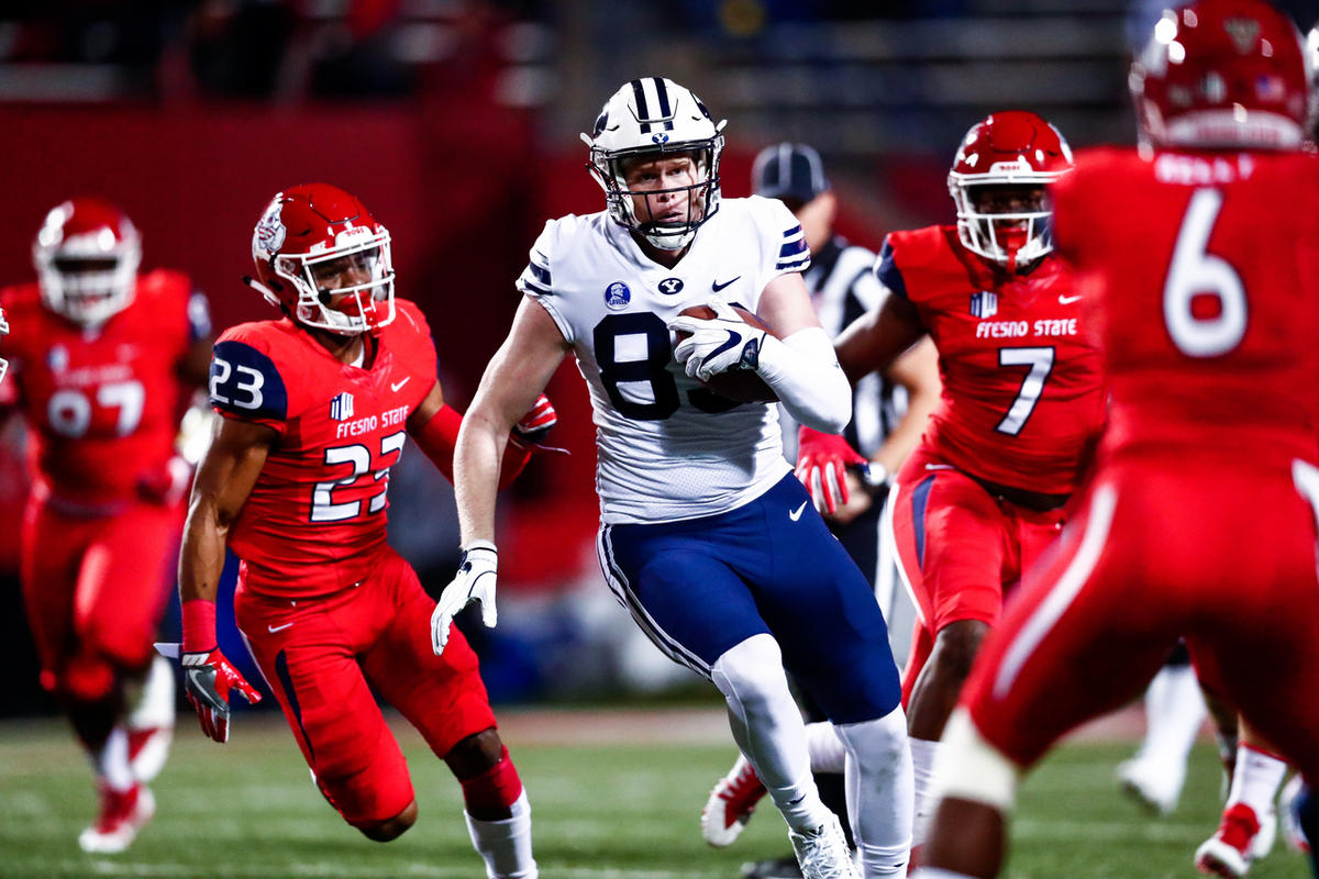 BYU tight end Matt Bushman heads up the field after making a catch during the game against Fresno State in Fresno, California, Saturday, Nov. 4, 2017.