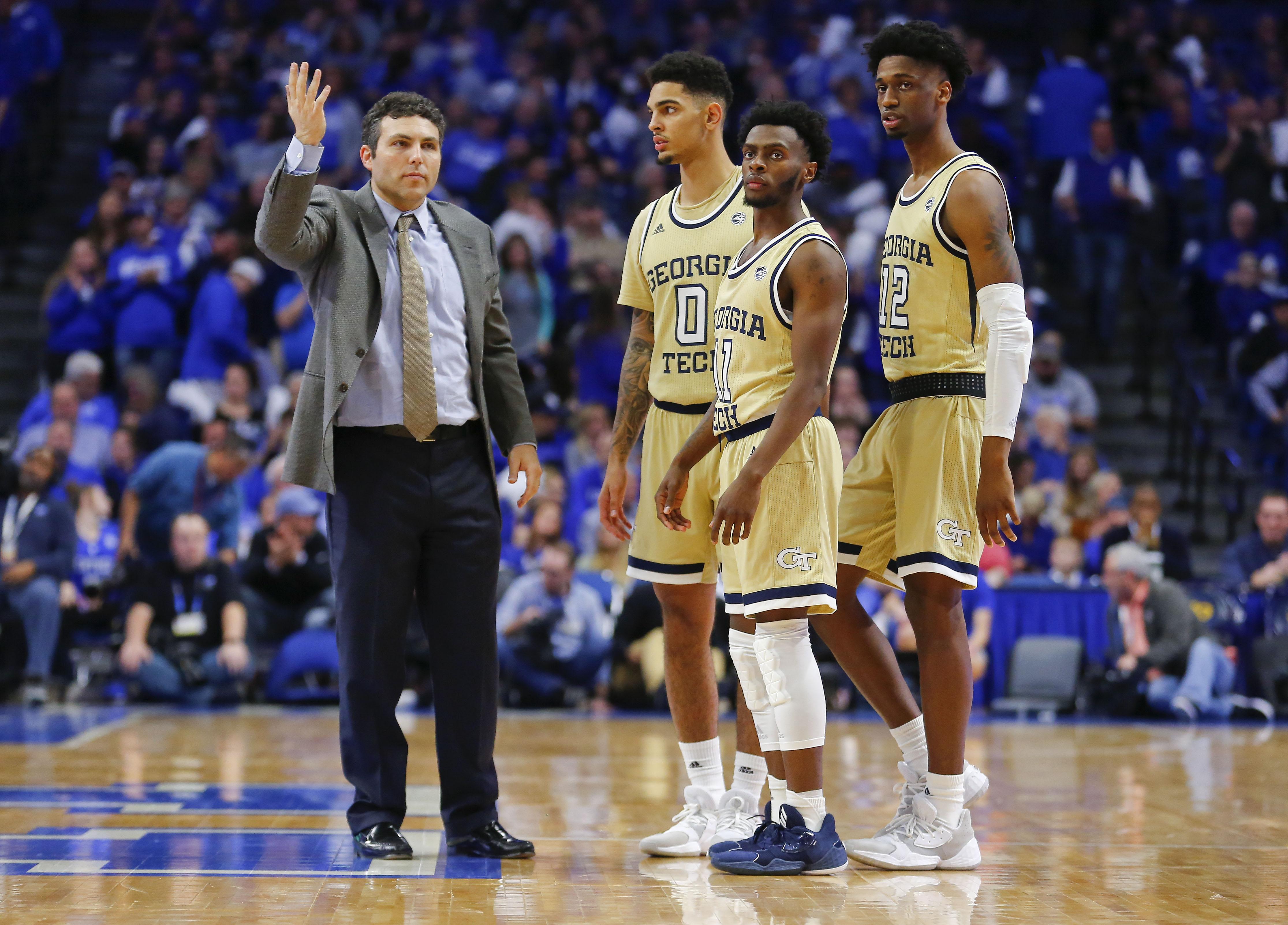 NCAA Basketball: Georgia Tech at Kentucky