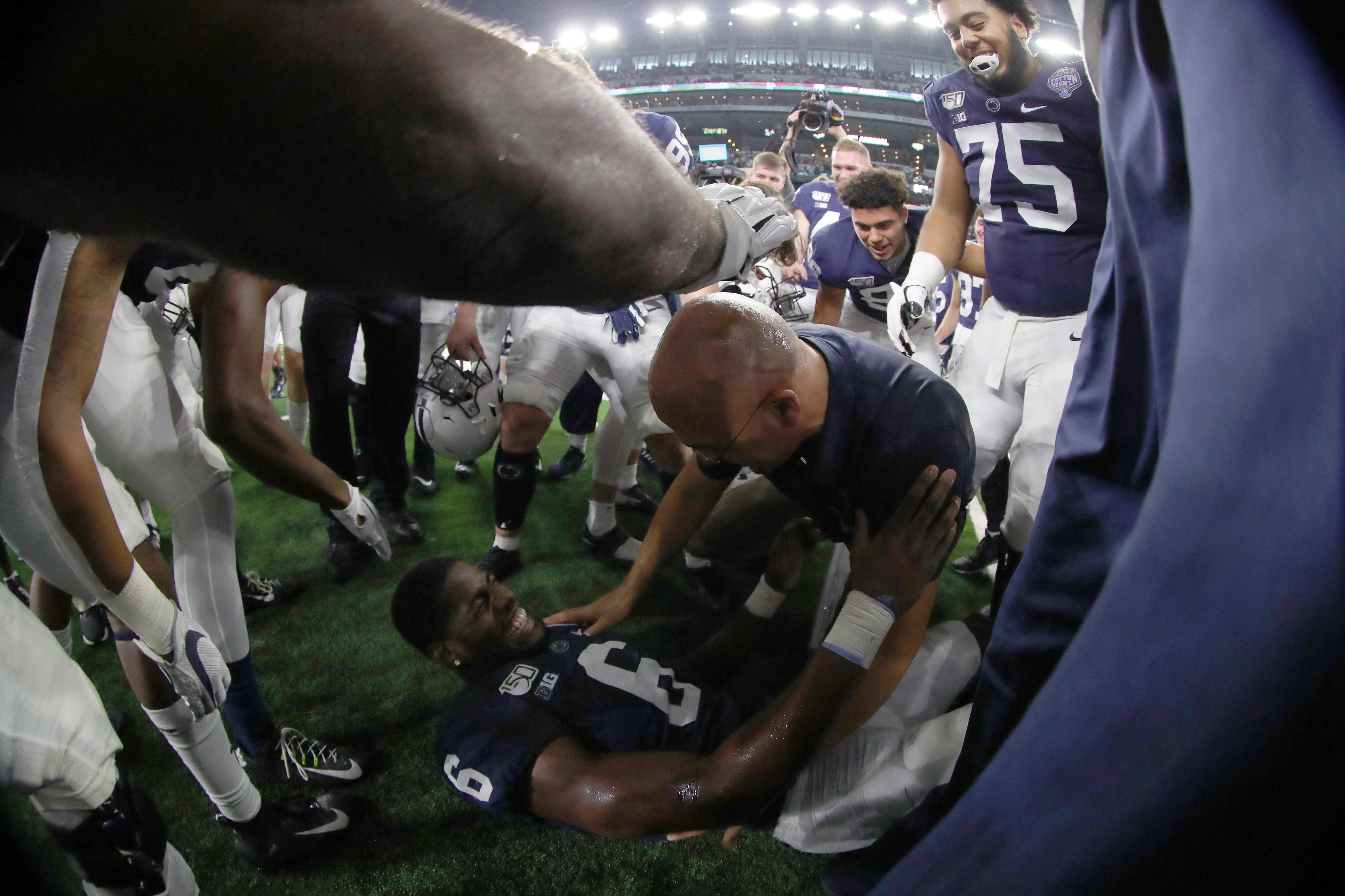 Goodyear Cotton Bowl Classic - Memphis v Penn State
