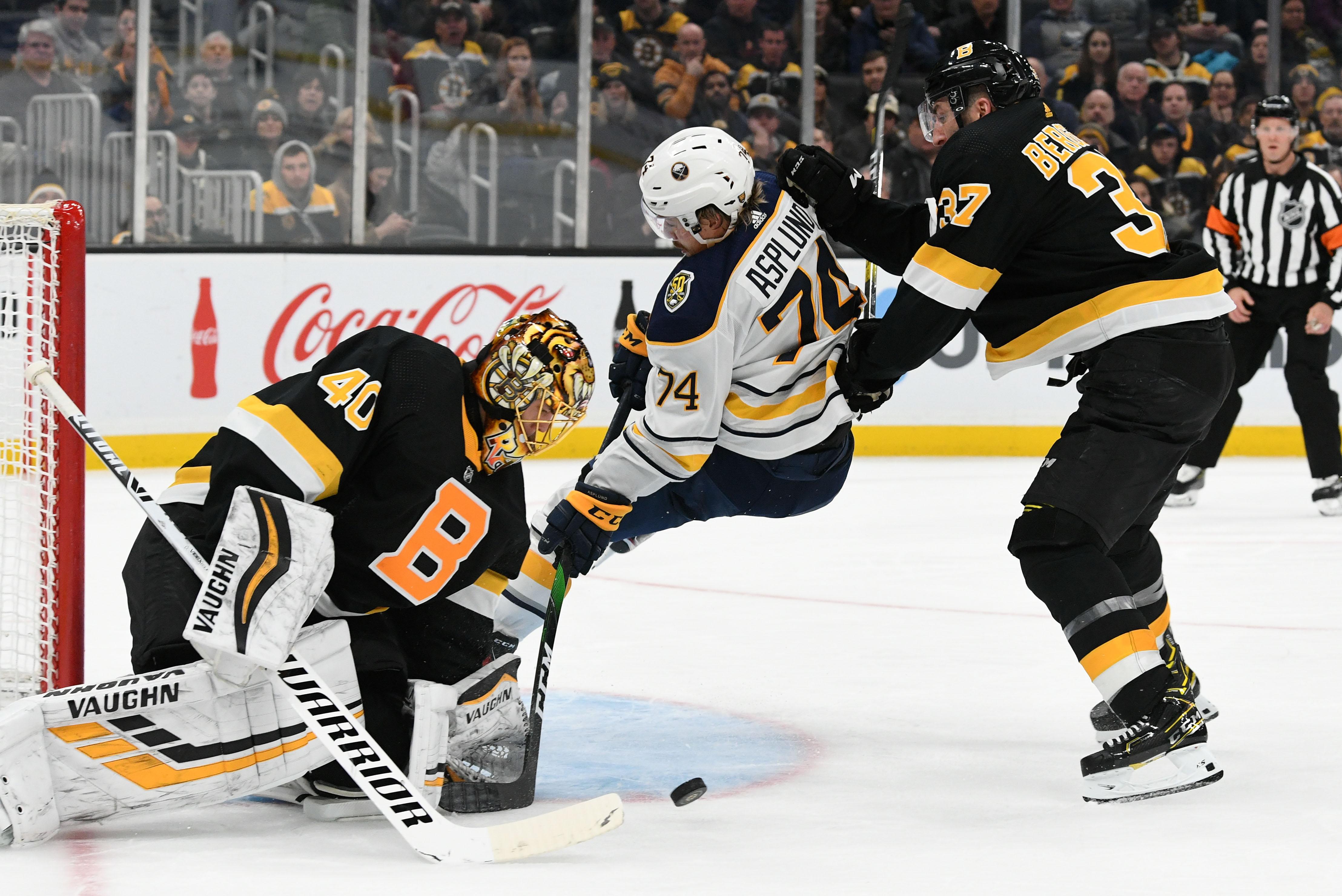 NHL: Buffalo Sabres at Boston Bruins