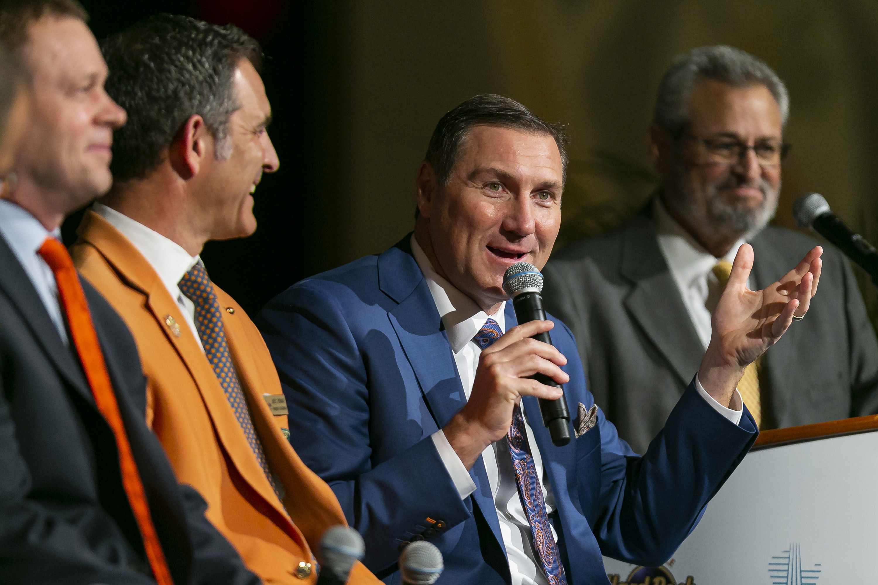 Mike Bianchi: Gators better hope Dan Mullen isn't hired by Cowboys, Jaguars or another desperate NFL team