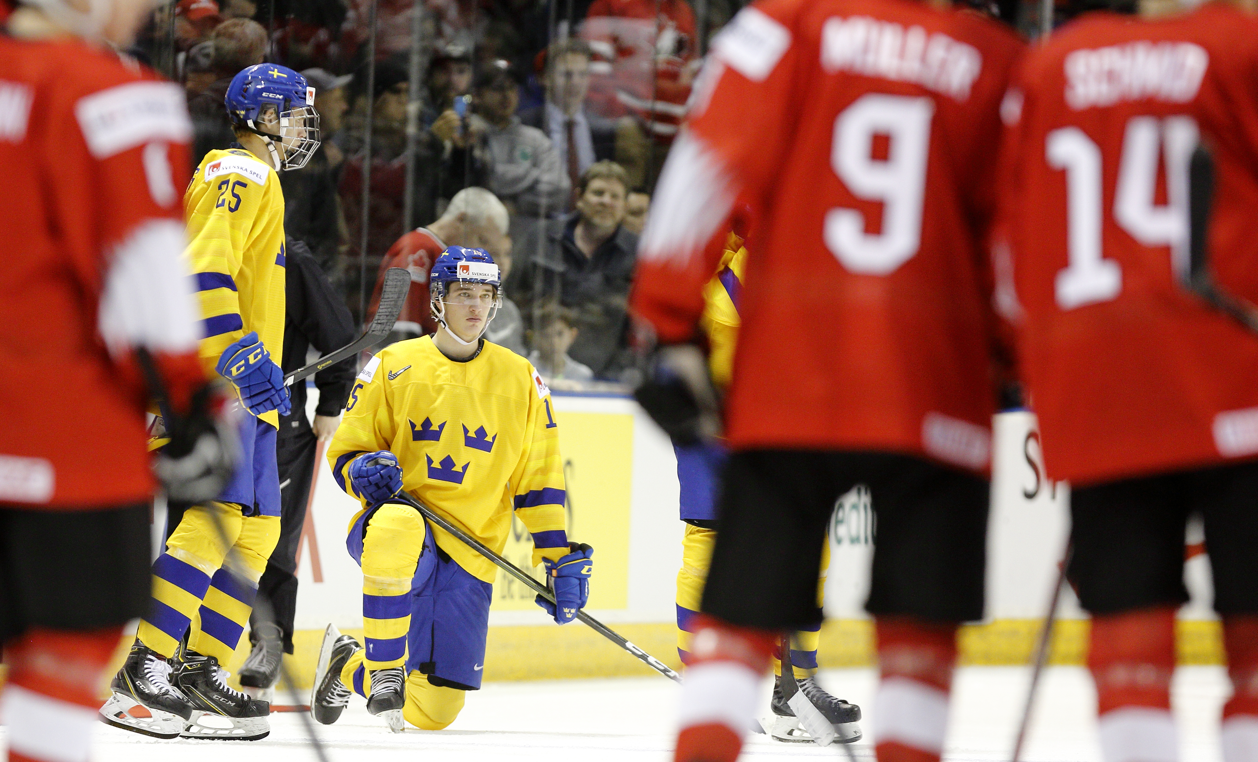 Sweden v Switzerland - 2019 IIHF World Junior Championship