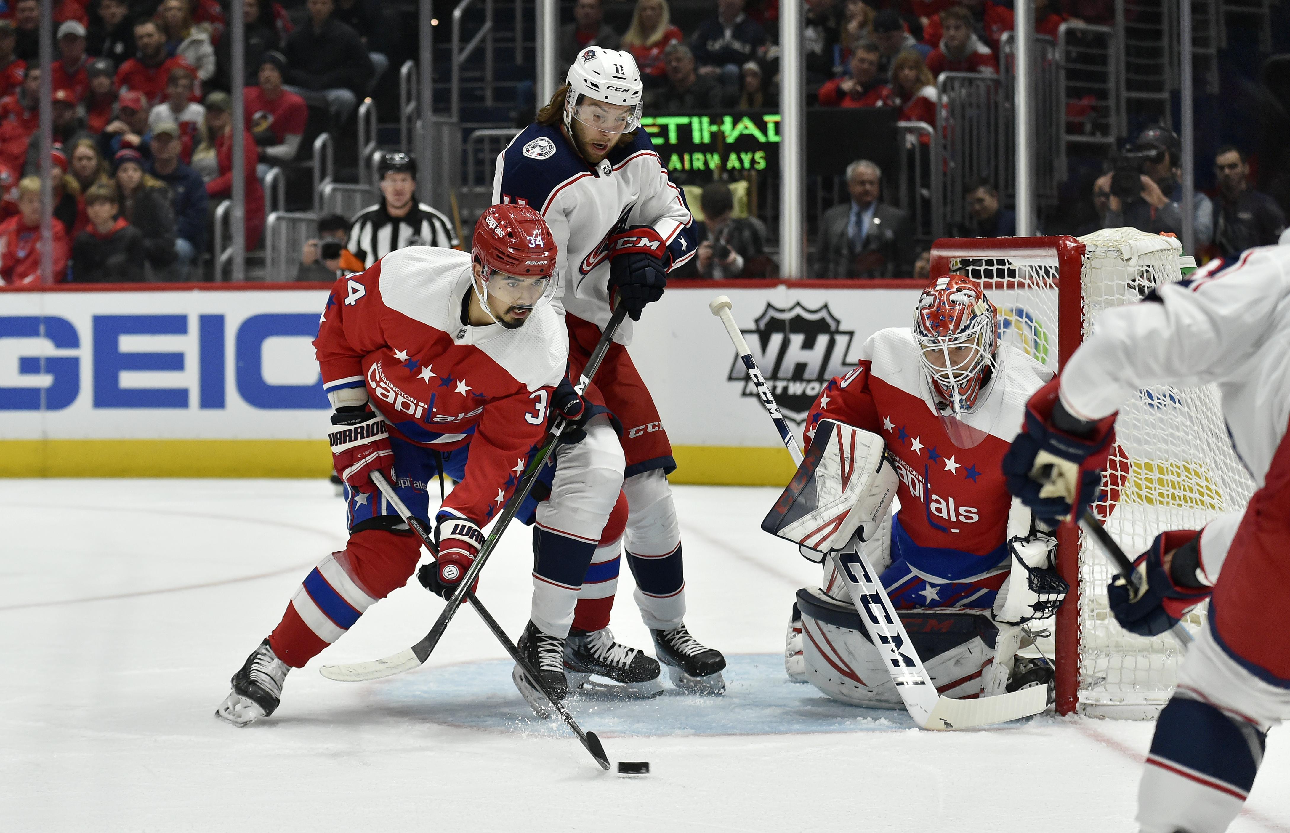 NHL: DEC 27 Blue Jackets at Capitals
