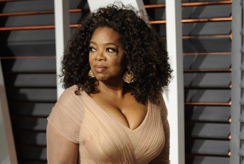 Oprah Winfrey arrives at the 2015 Vanity Fair Oscar Party.