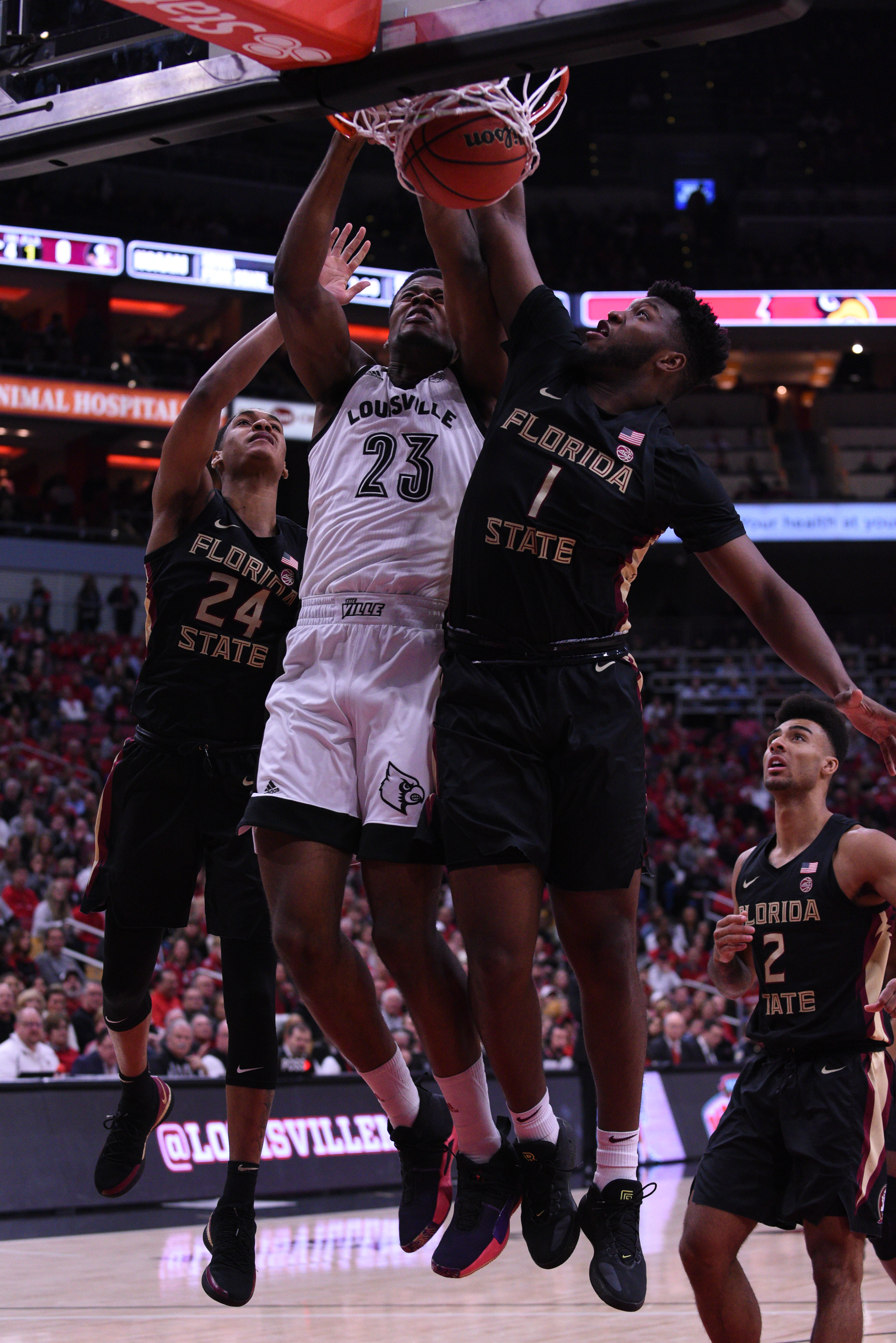 Steven Enoch dunks in the loss against Florida State.