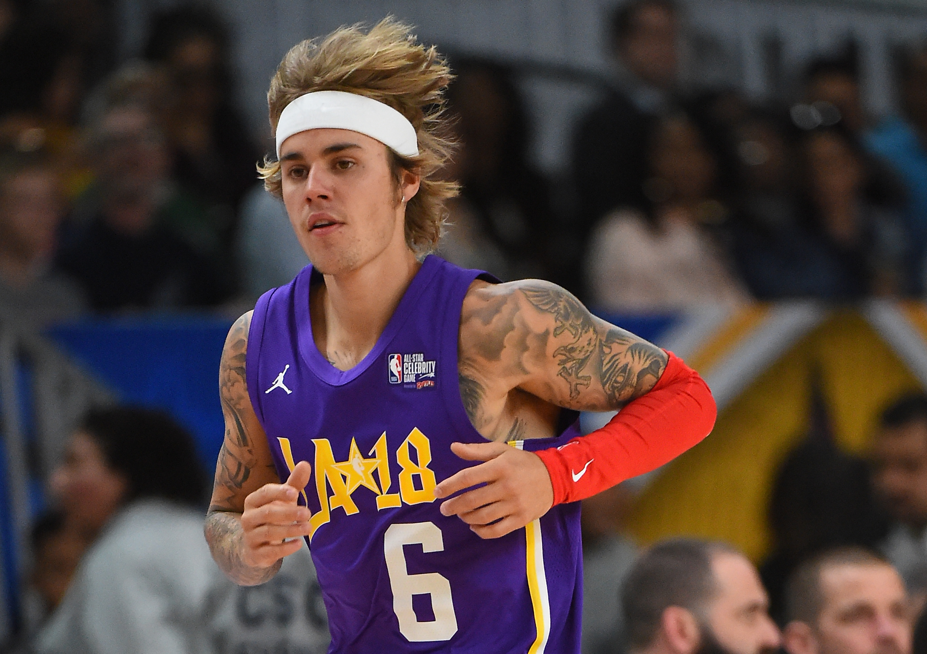 singer and songwriter Justin Bieber plays during the 2018 NBA All-Star Game Celebrity Game at Los Angeles Convention Center on February 16, 2018 in Los Angeles, California.
