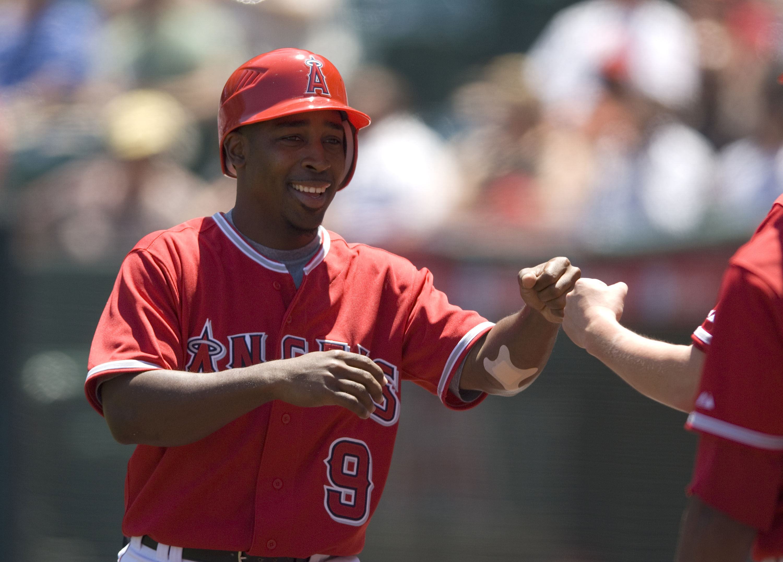 MLB: Angels Beat Indians 8-0