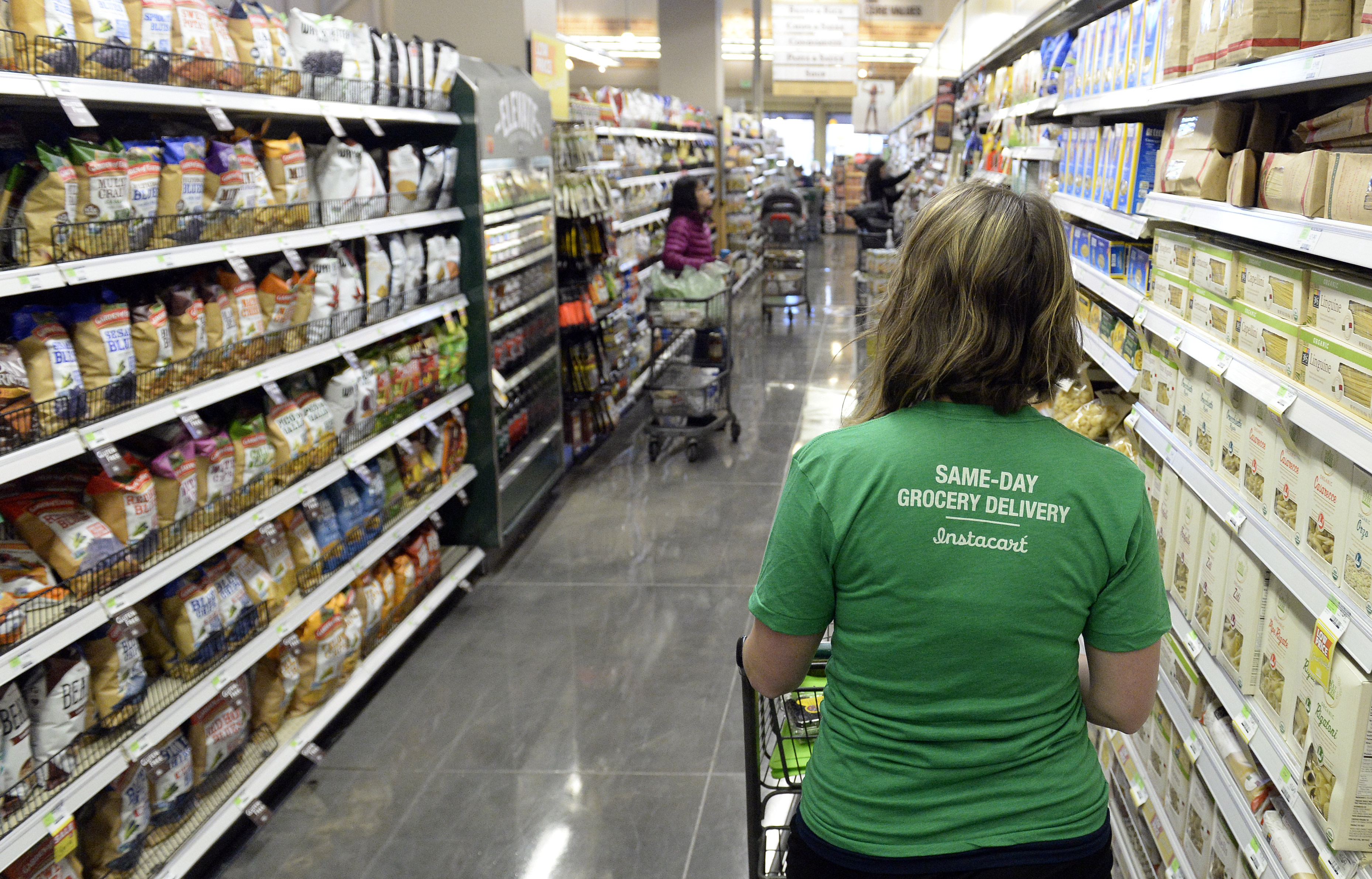 Instacart workers are organizing national boycott to reinstate a default 10 percent tip