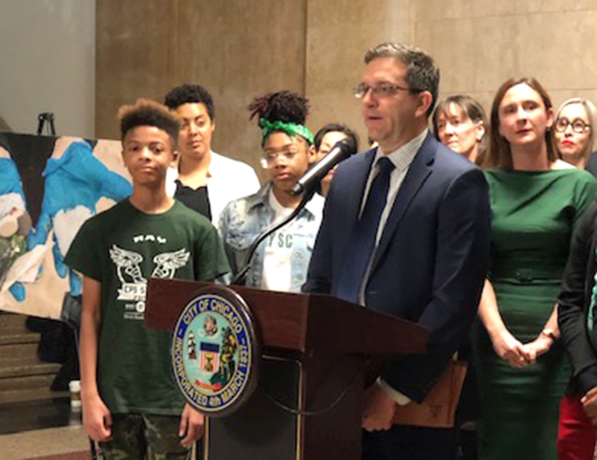 "Ald. Scott Waguespack (32nd) discusses the ""Plastic Free Water"" ordinance that would ban foam containers and limit plastic utensils in Chicago."