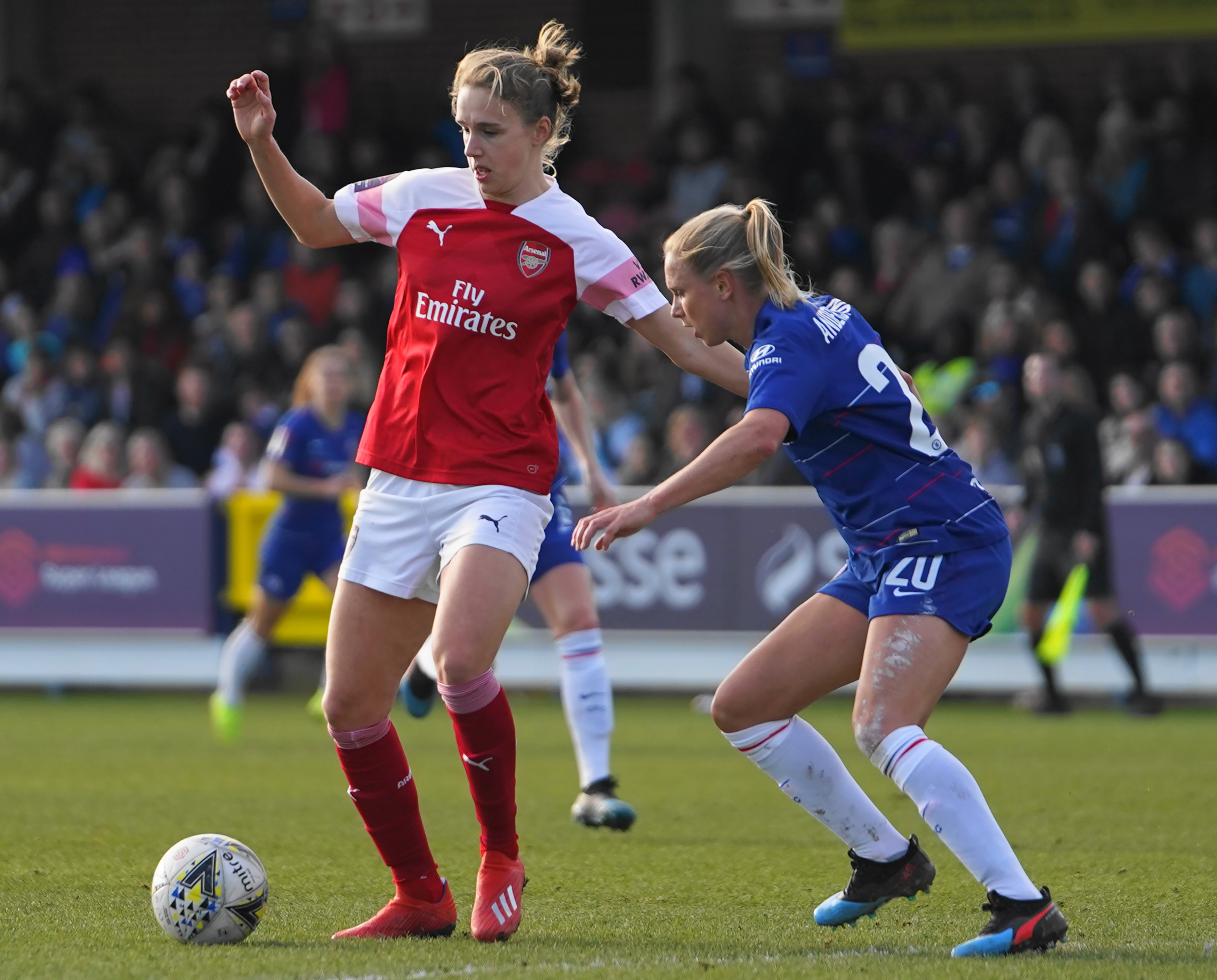View from the enemy: How can Chelsea stop Vivianne Miedema, again?