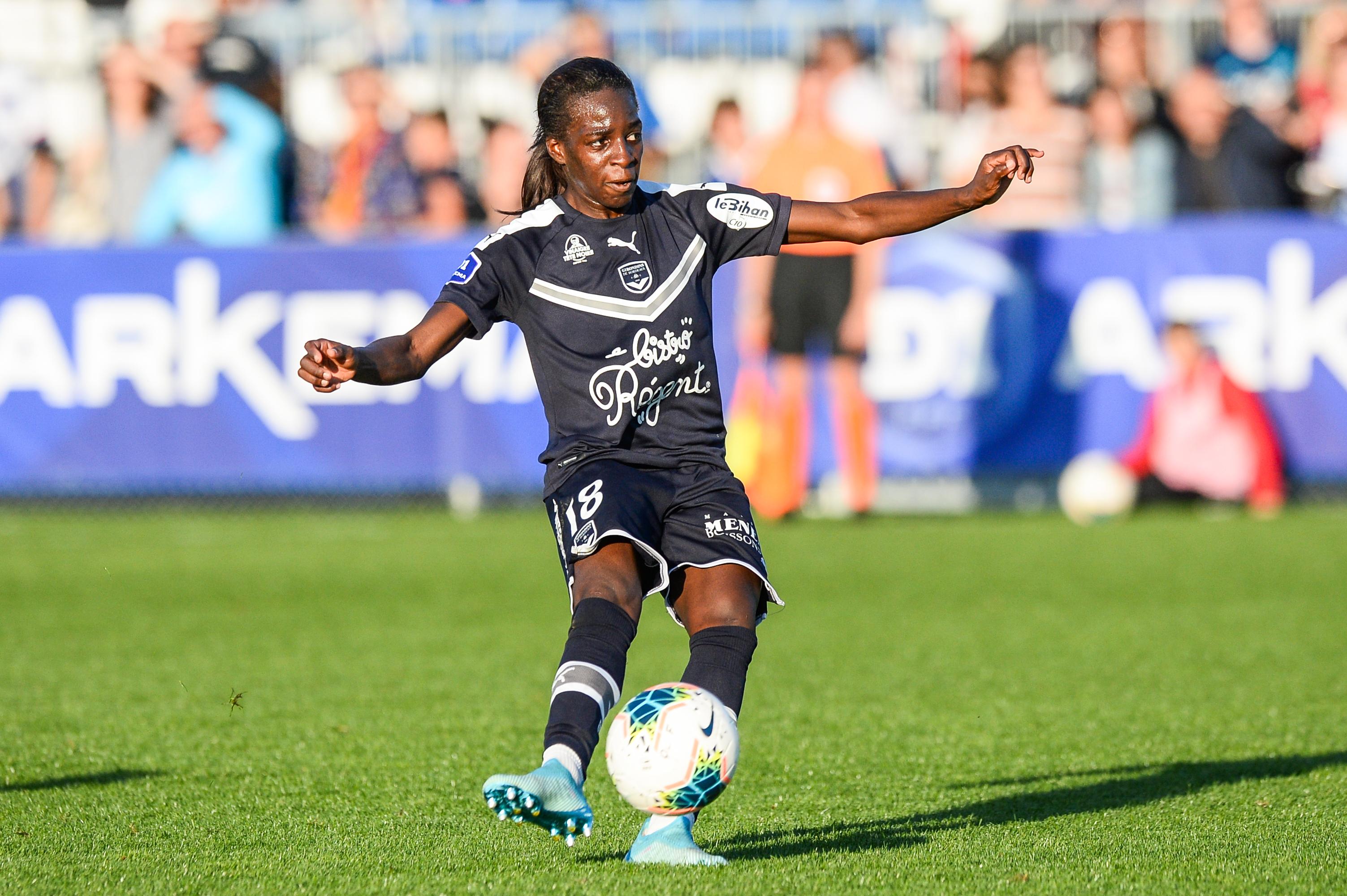 Olympique Lyonnais v Bordeaux - Division 1